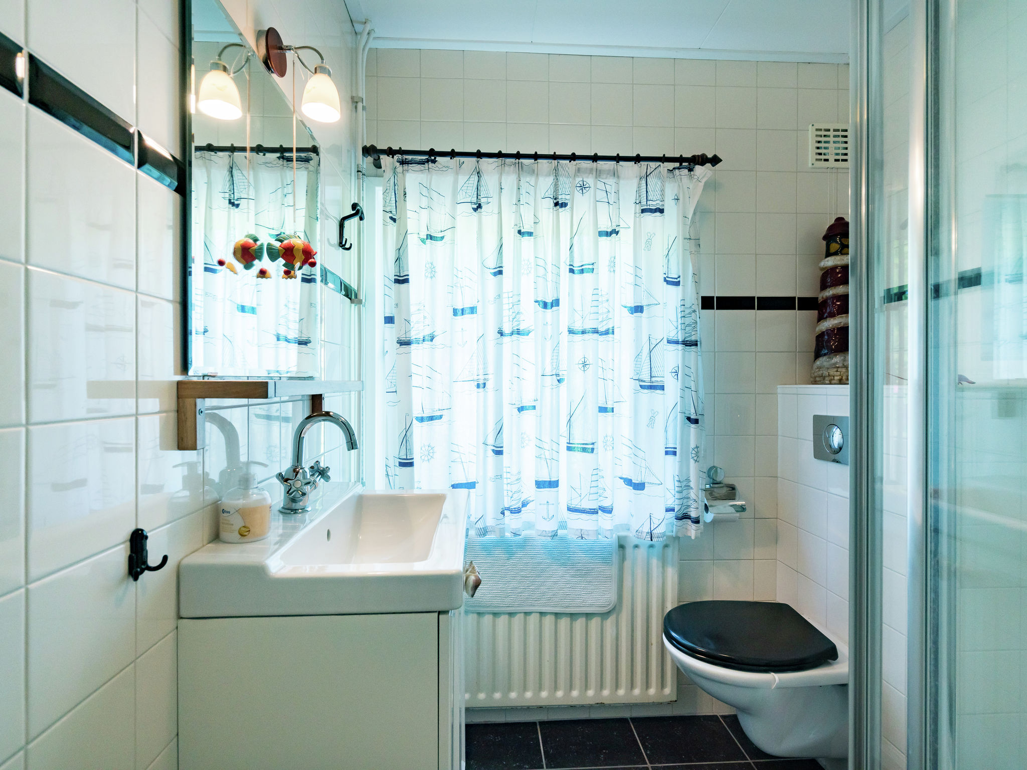 Holland | Zeeland | Holiday home Zomerzotheid | all year | BathRoom