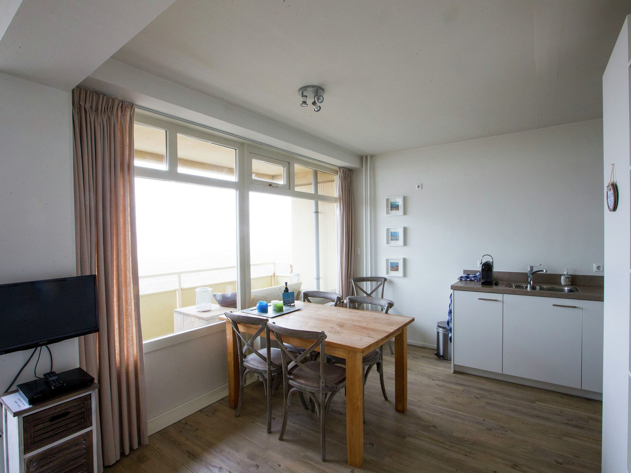 Holland | North Sea Coast South | Holiday home @ the Lighthouse | all year | DiningRoom