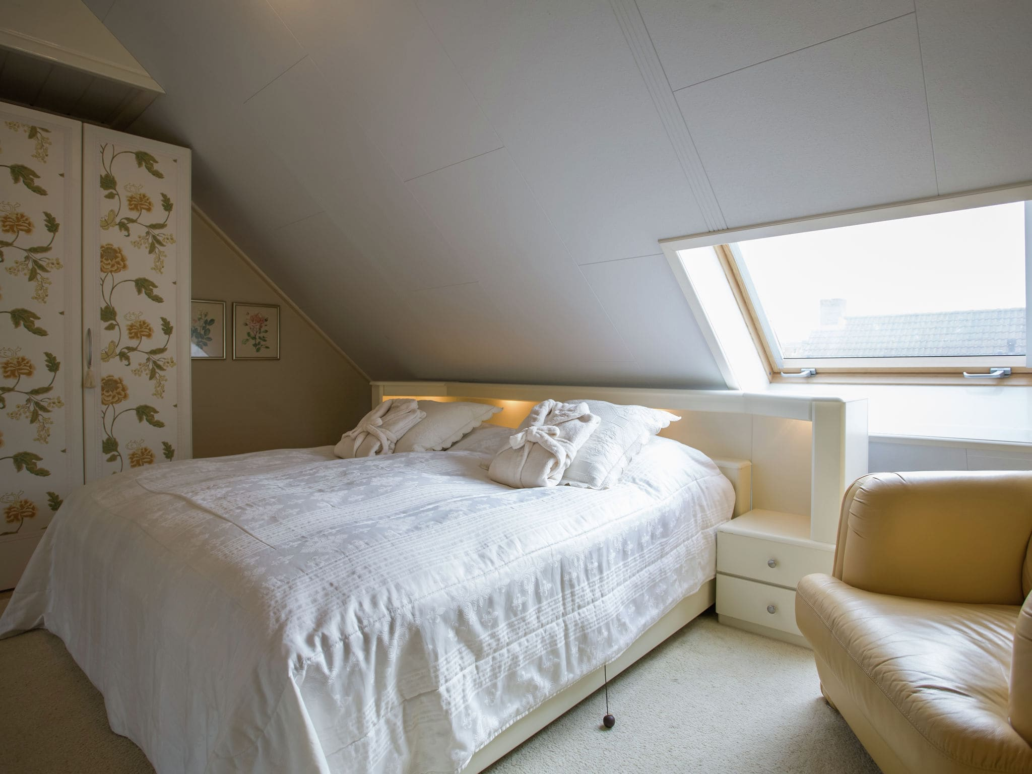 Holland | Zeeland | Holiday home Ritthemse Pracht | all year | BedRoom