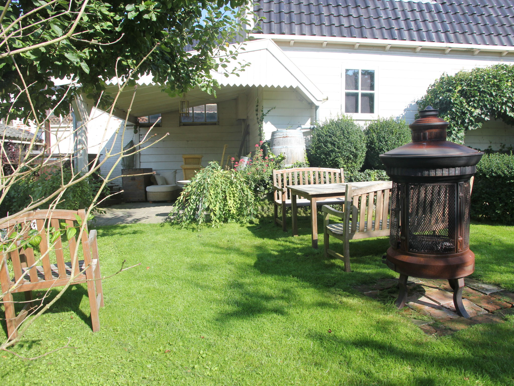 Holland | North Sea Coast North | Holiday home De Pastorie | all year | TerraceBalcony