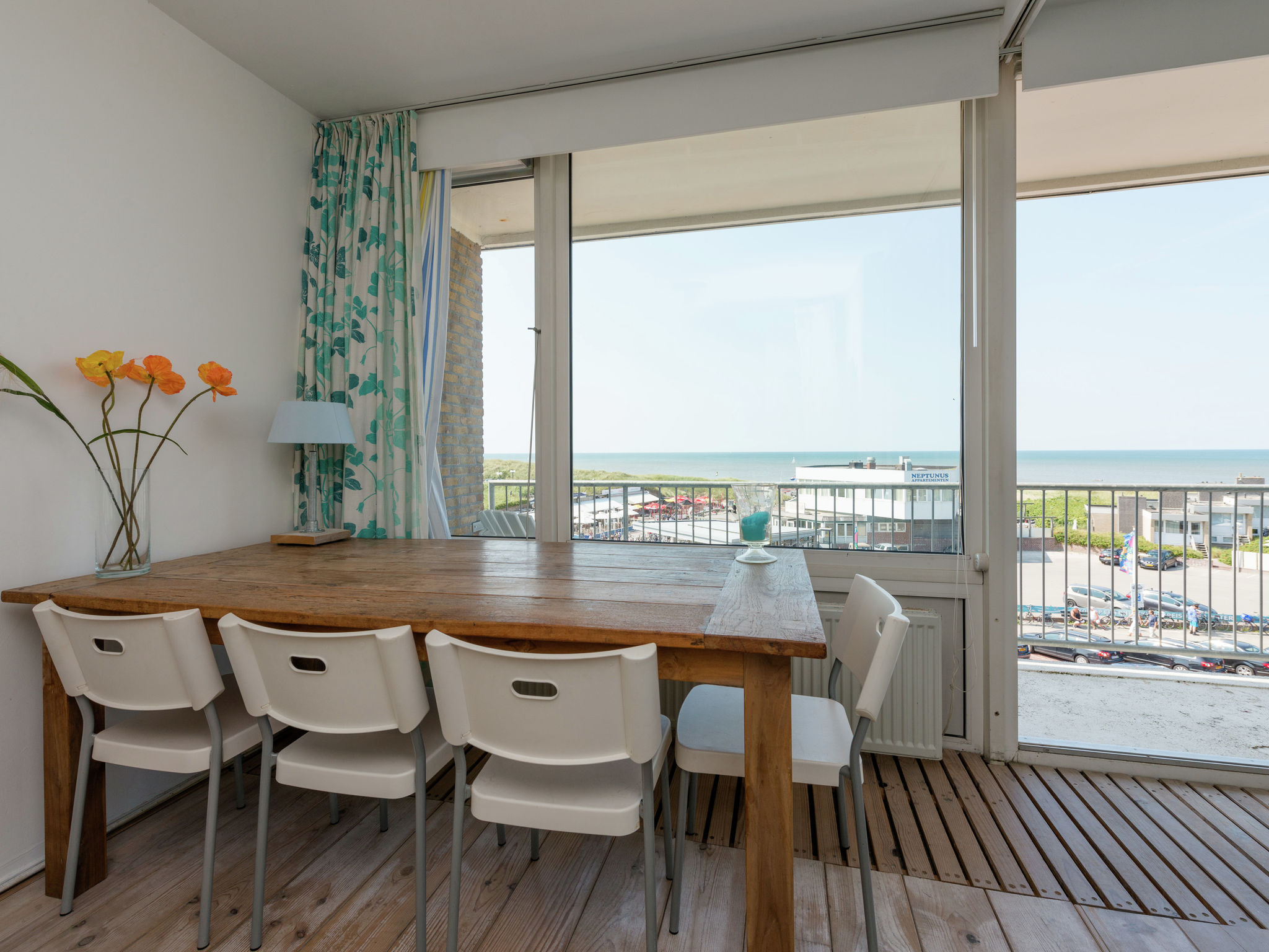 Holland | North Sea Coast North | Holiday home Uitzicht op Zee | Holidays | DiningRoom