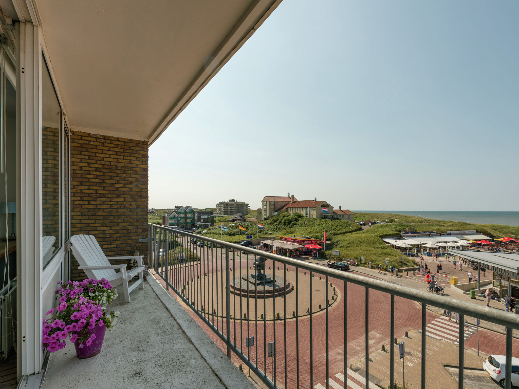 Holland | North Sea Coast North | Holiday home Uitzicht op Zee | Holidays | TerraceBalcony