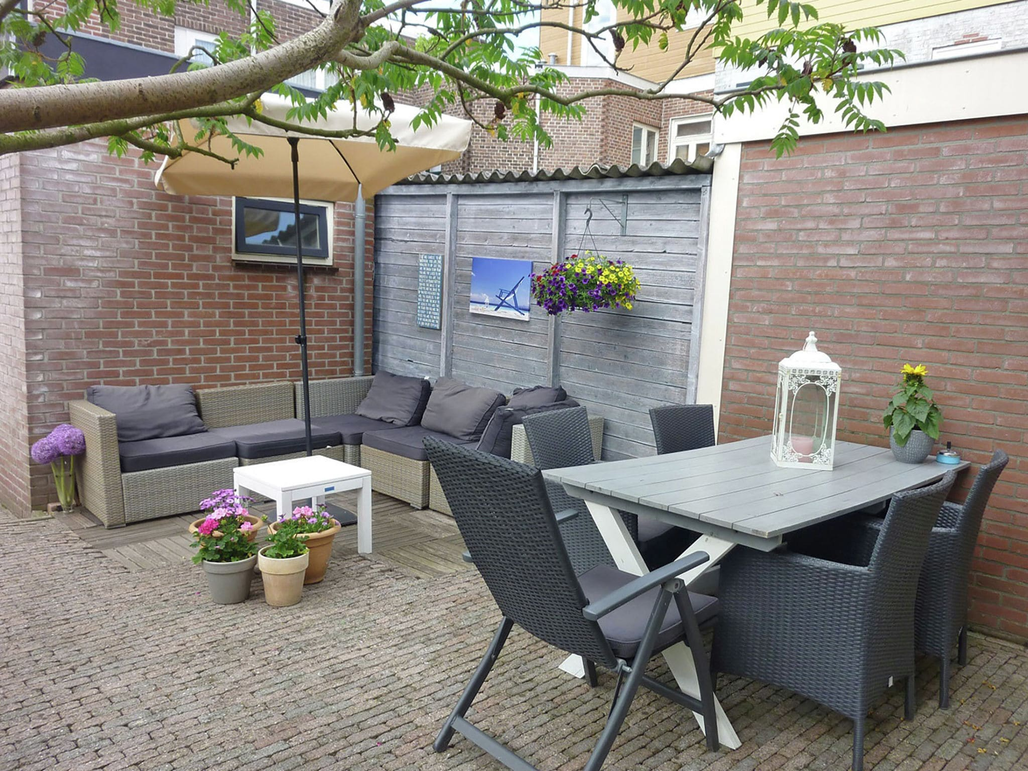 Holland | North Sea Coast North | Holiday home Heleen | all year | TerraceBalcony