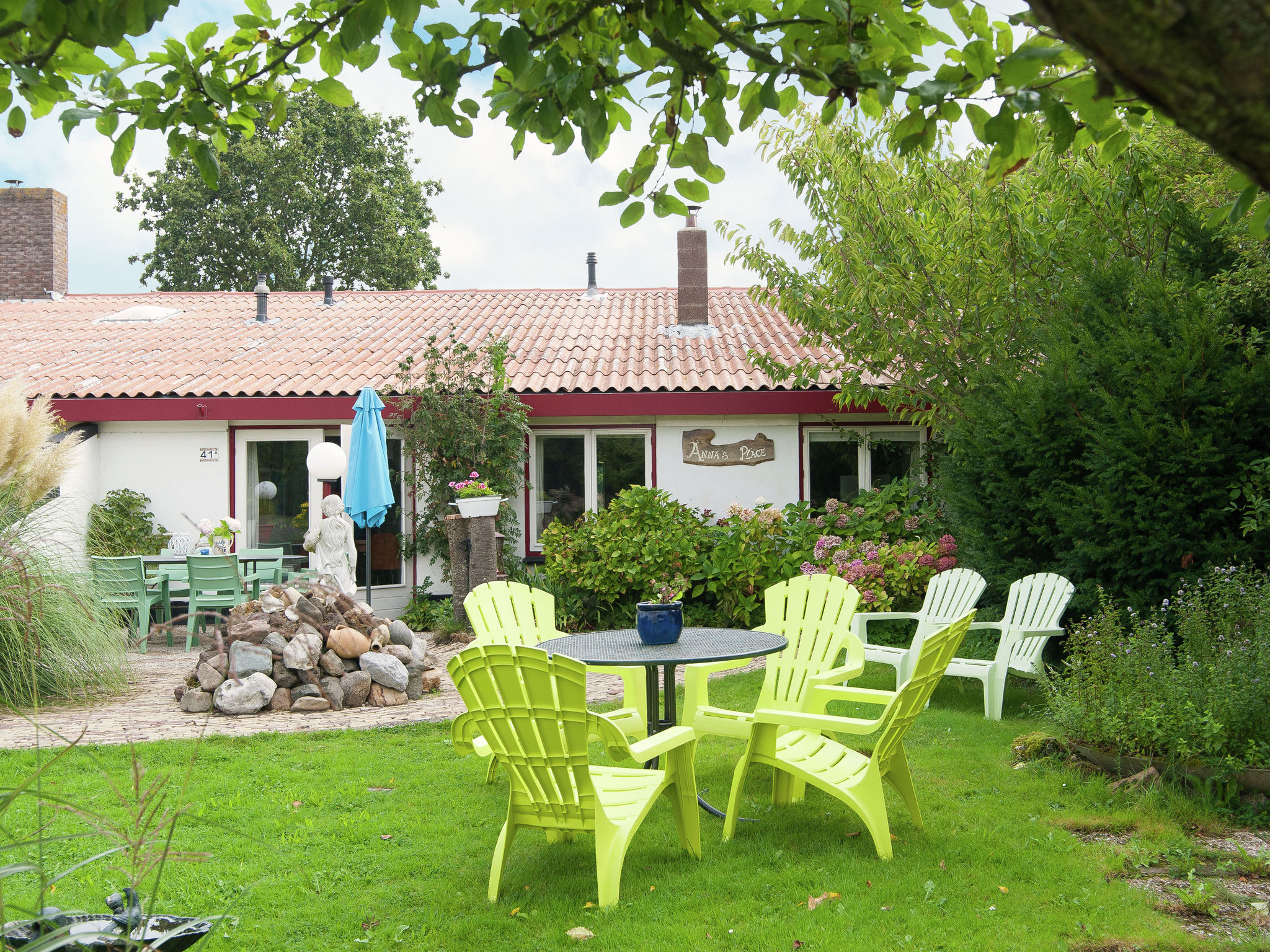 Holland | North Sea Coast North | Holiday home Anna's Place | all year | ExteriorSummer