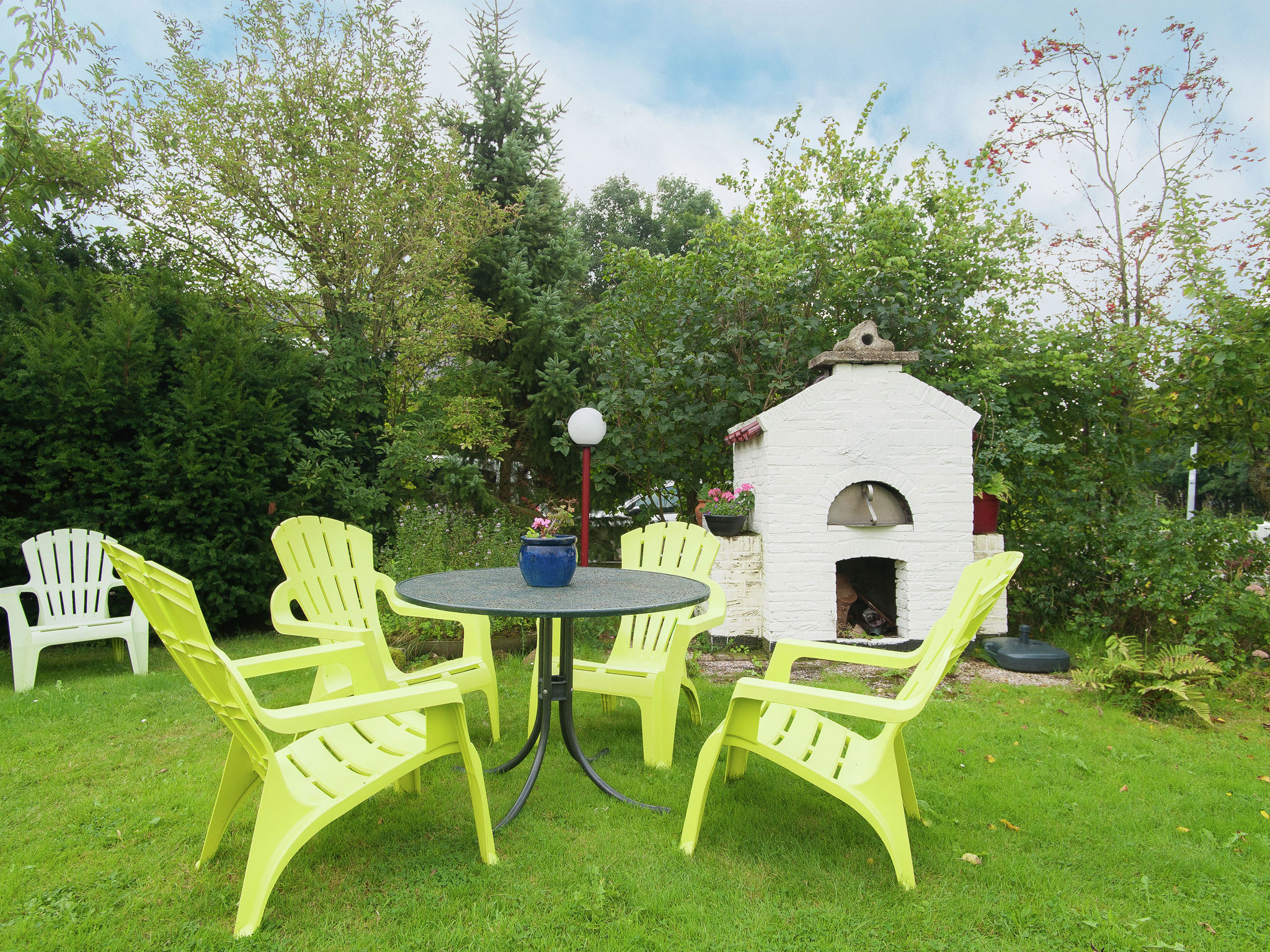 Holland | North Sea Coast North | Holiday home Anna's Place | all year | GardenSummer