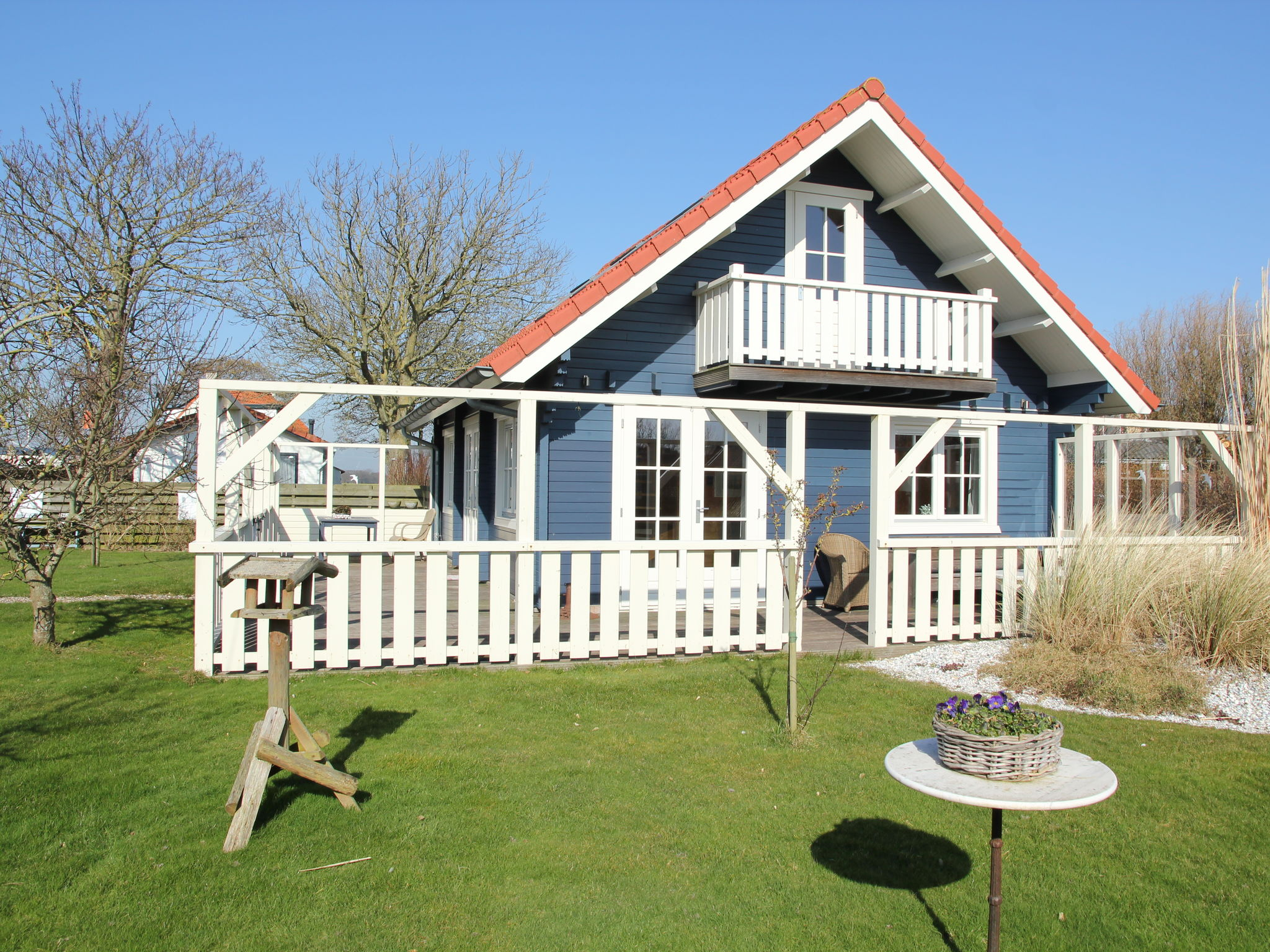 Holland | Wad Islands | Holiday home 't Blauwe Huus | all year | ExteriorSummer