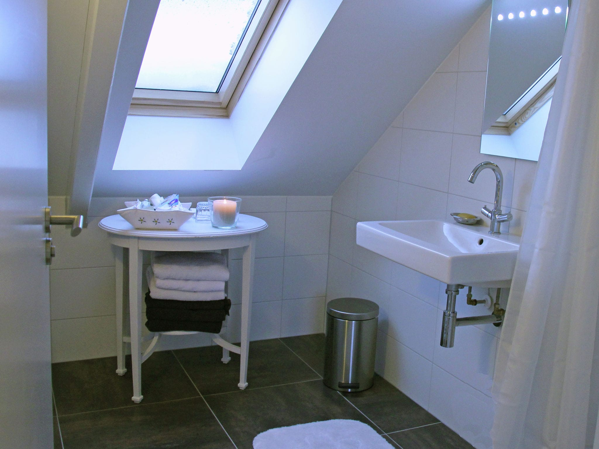 Holland | North Sea Coast North | Holiday home Wilca Hoeve | all year | BathRoom