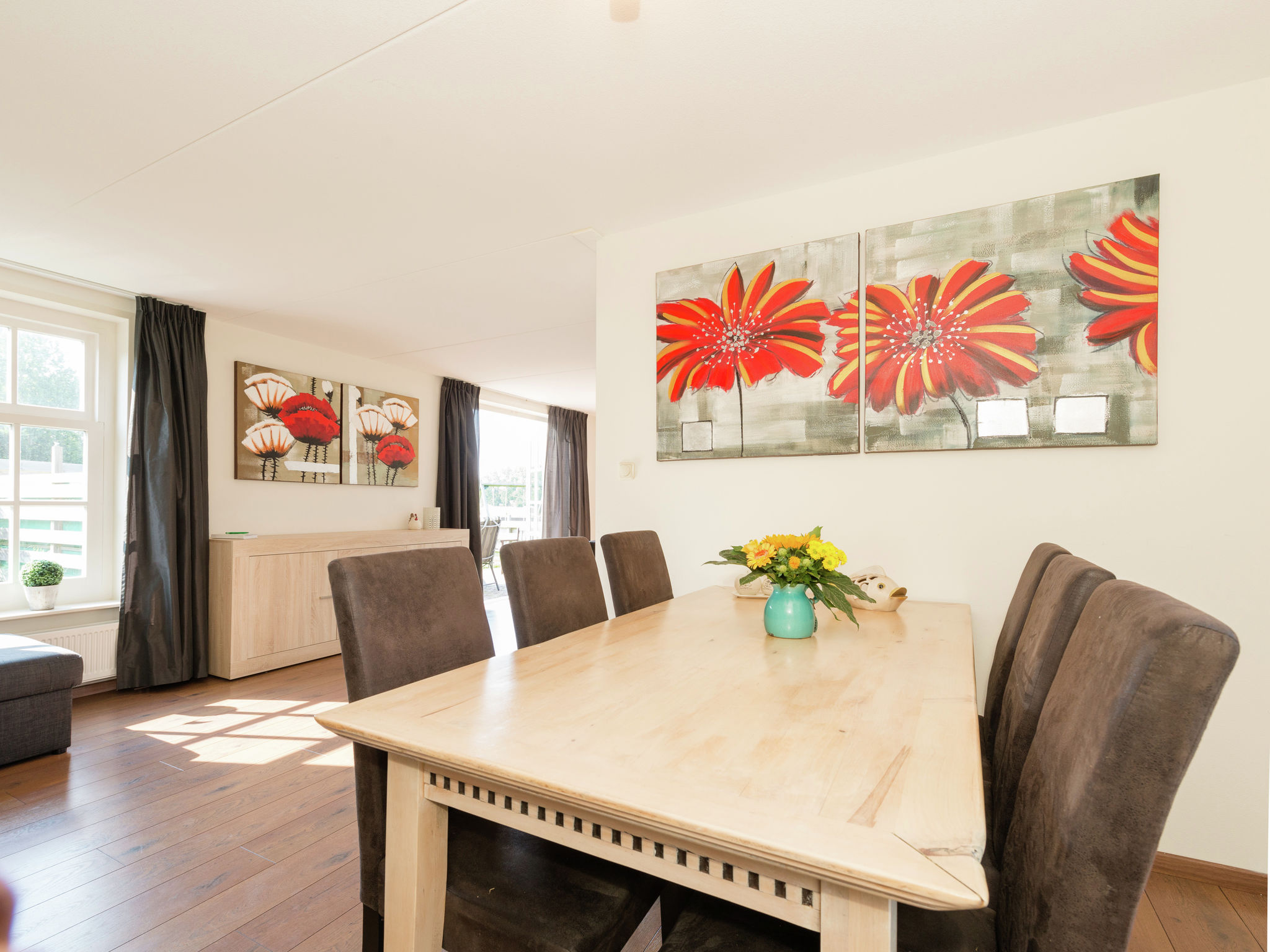 Holland | North Sea Coast North | Holiday home De Grutto 6p | all year | DiningRoom