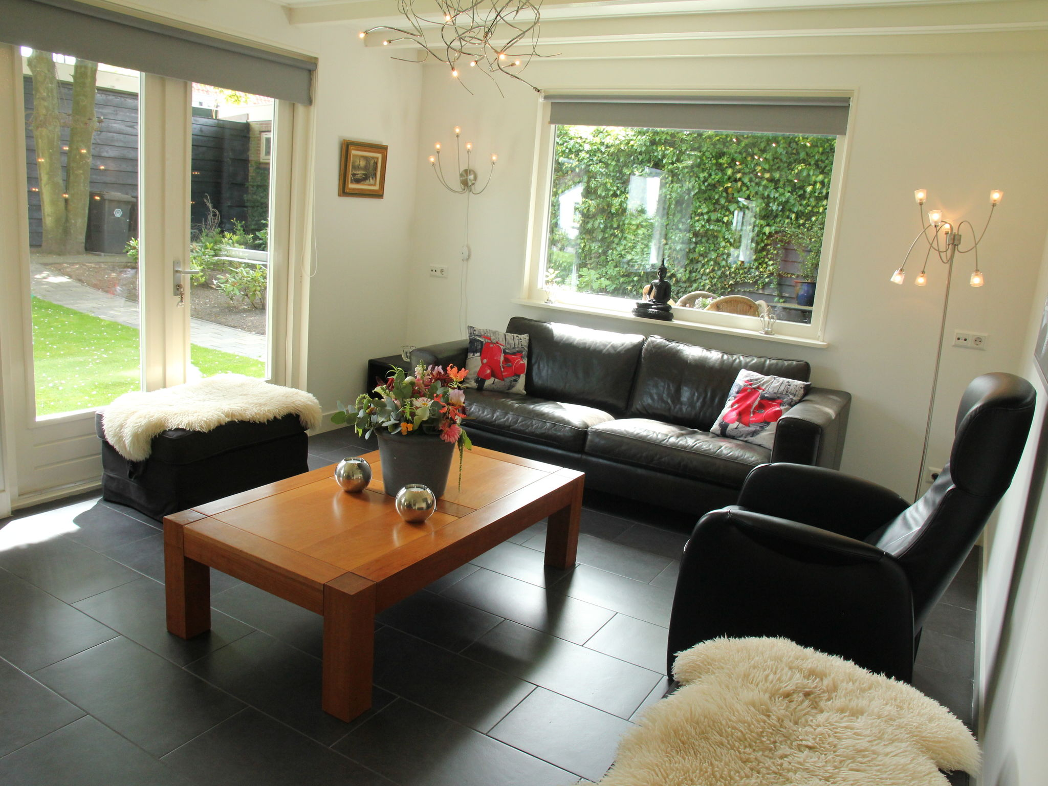Holland | North Sea Coast North | Holiday home White Court | all year | LivingRoom