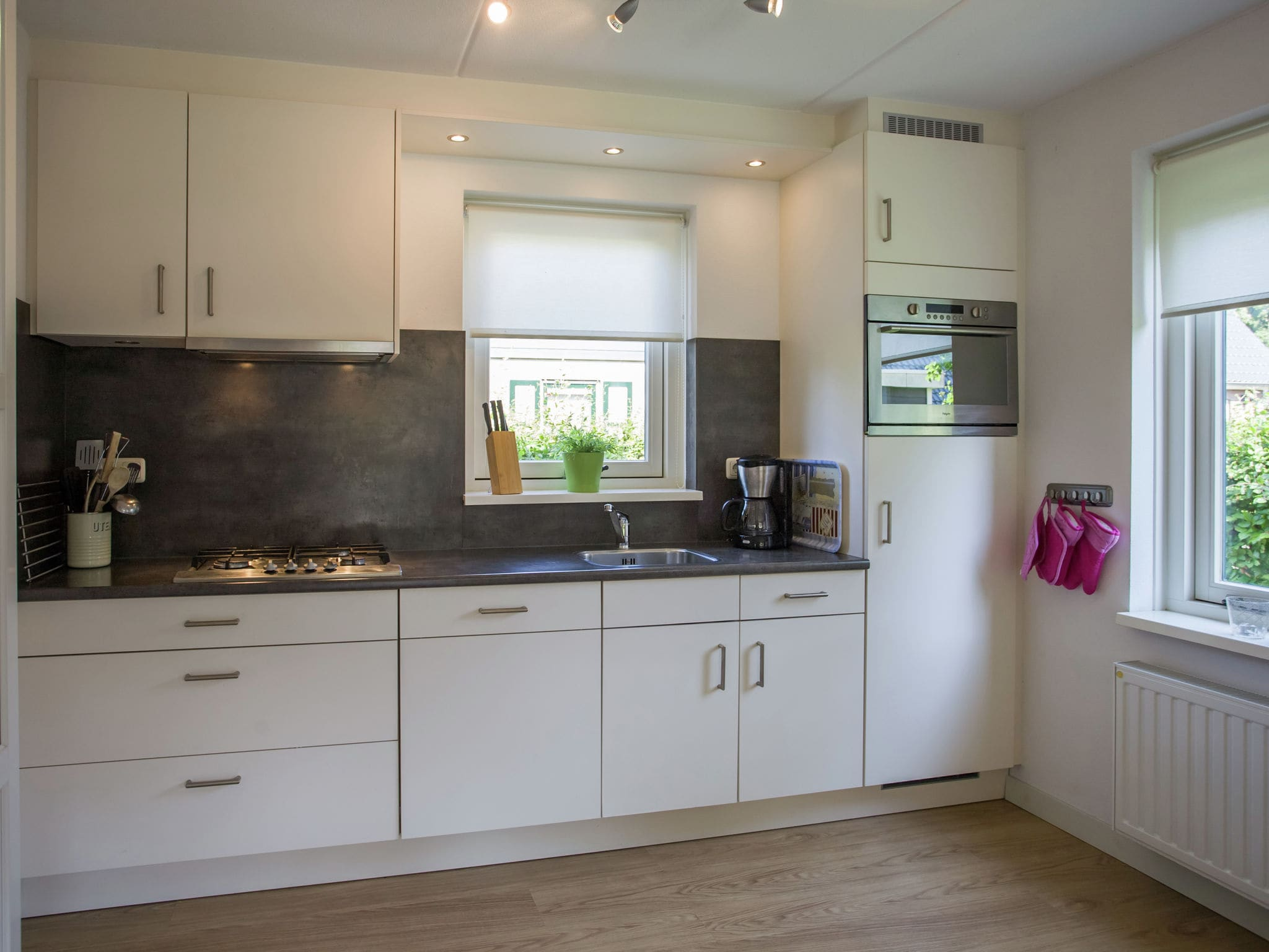 Holland | Zeeland | Holiday home Lil Hus | all year | Kitchen