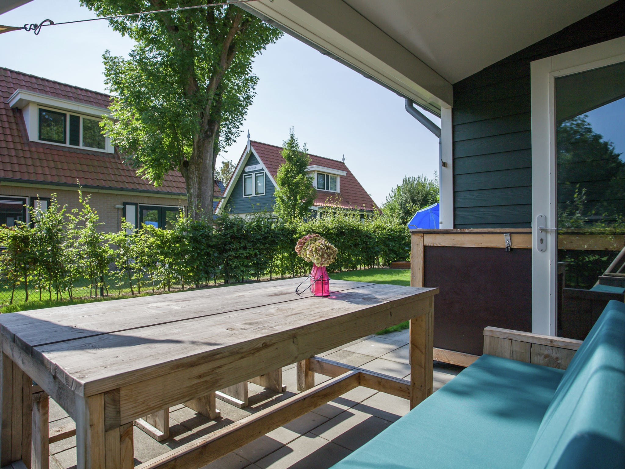 Holland | Zeeland | Holiday home Lil Hus | all year | TerraceBalcony