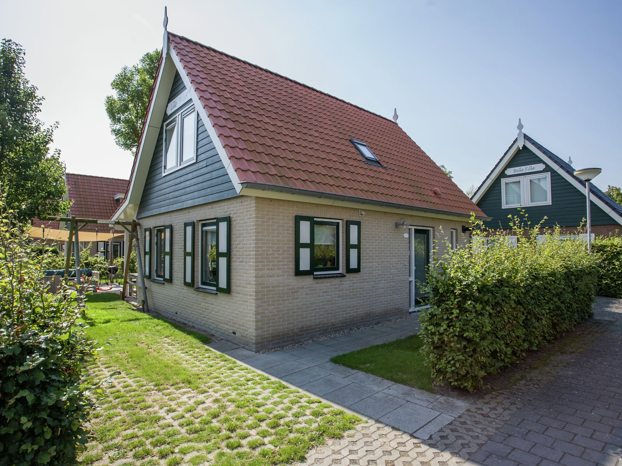Holland | Zeeland | Holiday home Lil Hus | all year | ExteriorSummer