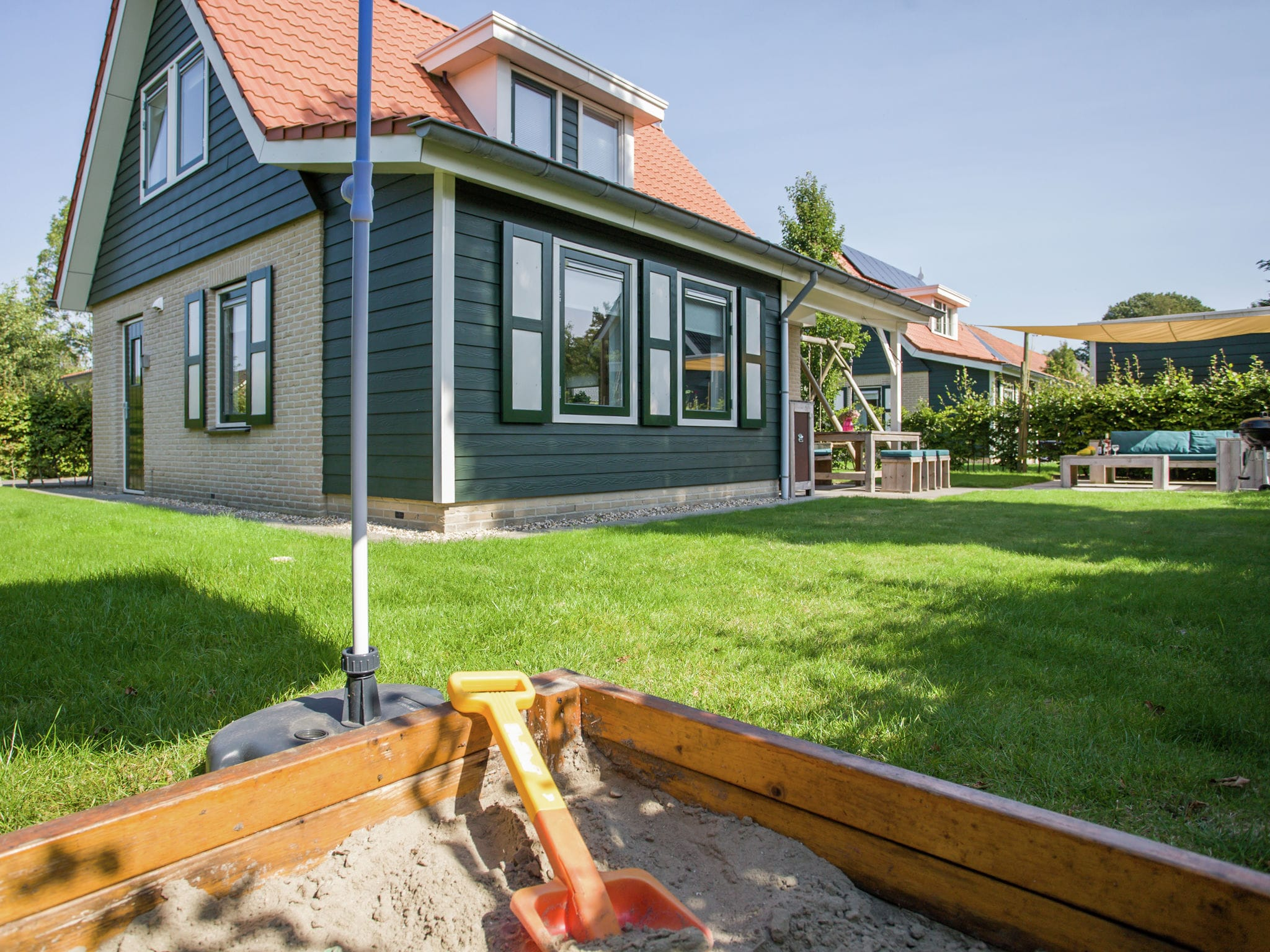 Holland | Zeeland | Holiday home Lil Hus | all year | RecreationRoom