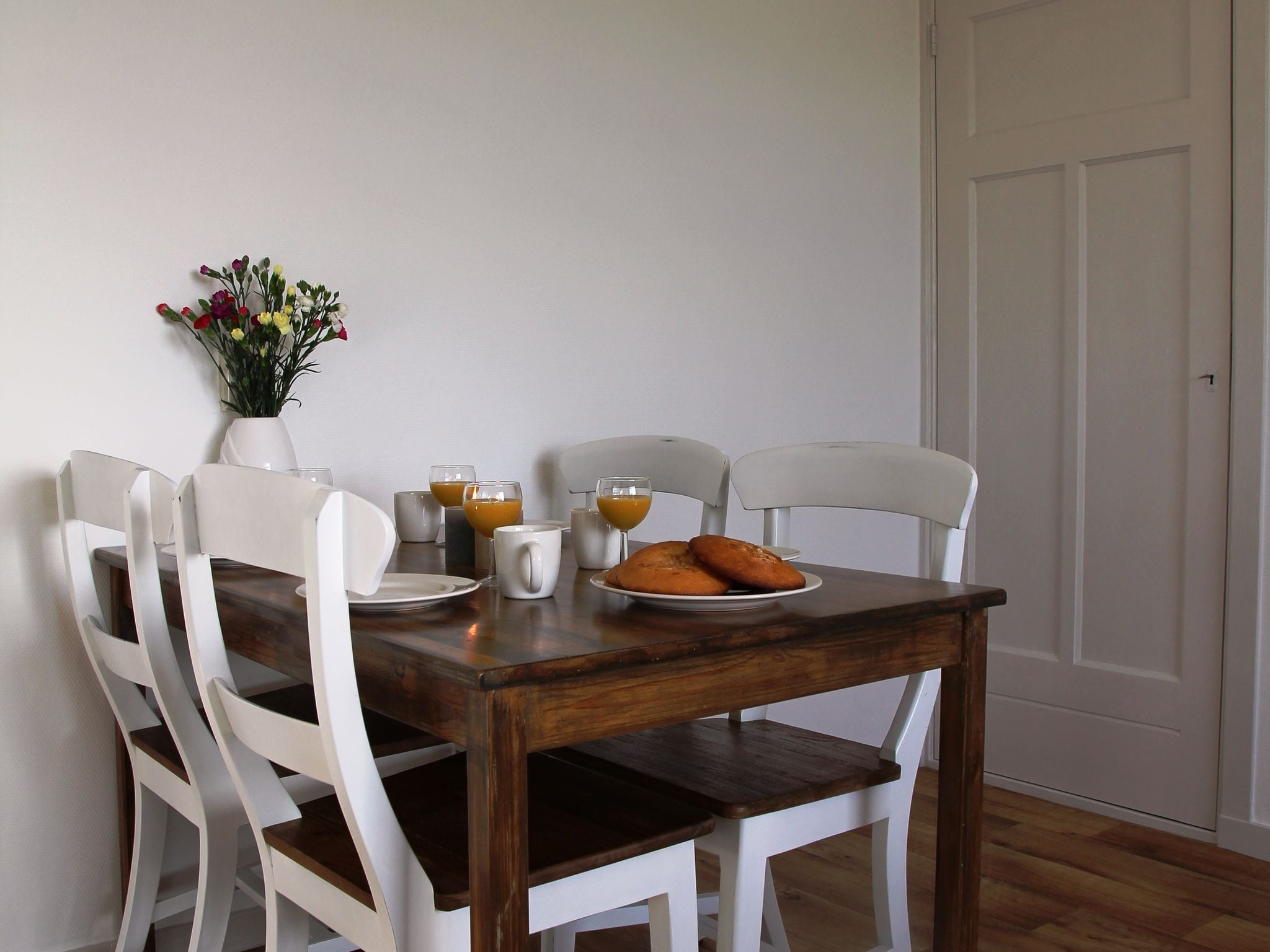 Holland | Wad Islands | Holiday home Het Landhuisje | all year | DiningRoom