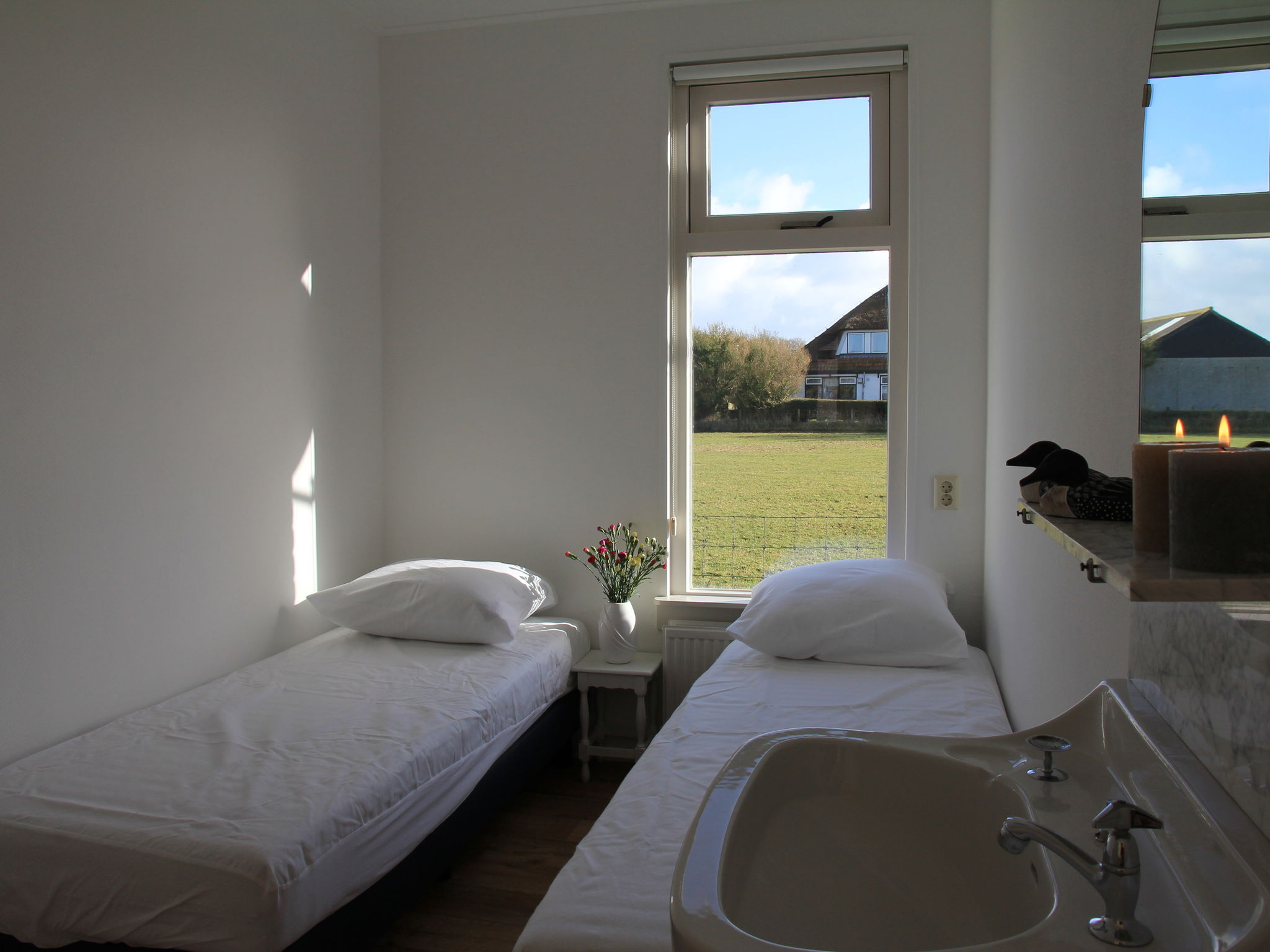 Holland | Wad Islands | Holiday home Het Landhuisje | all year | BedRoom