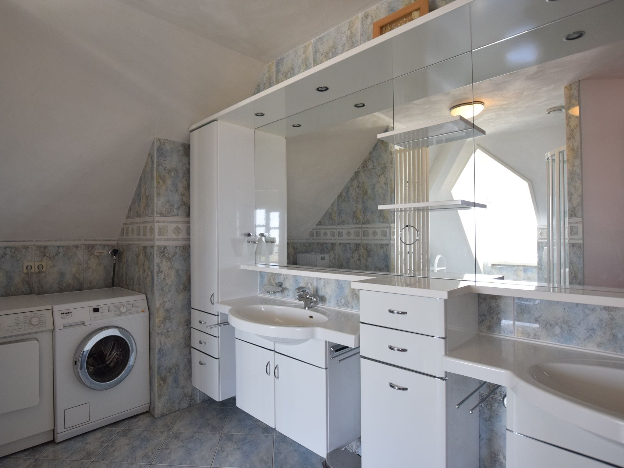 Holland | Wad Islands | Holiday home Duintrots | all year | BathRoom