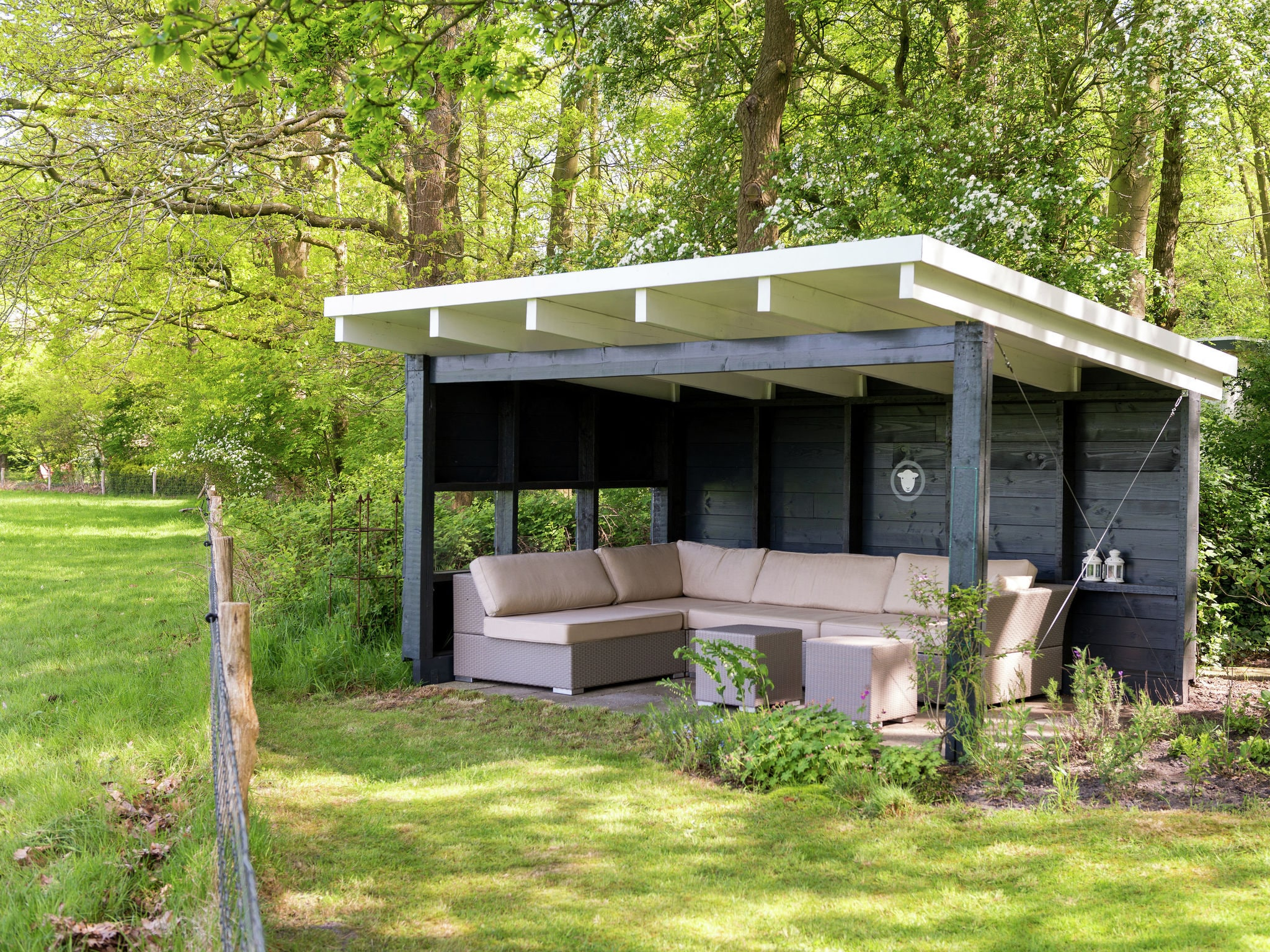 Holland | Drenthe | Holiday home Doldersummer | all year | TerraceBalcony