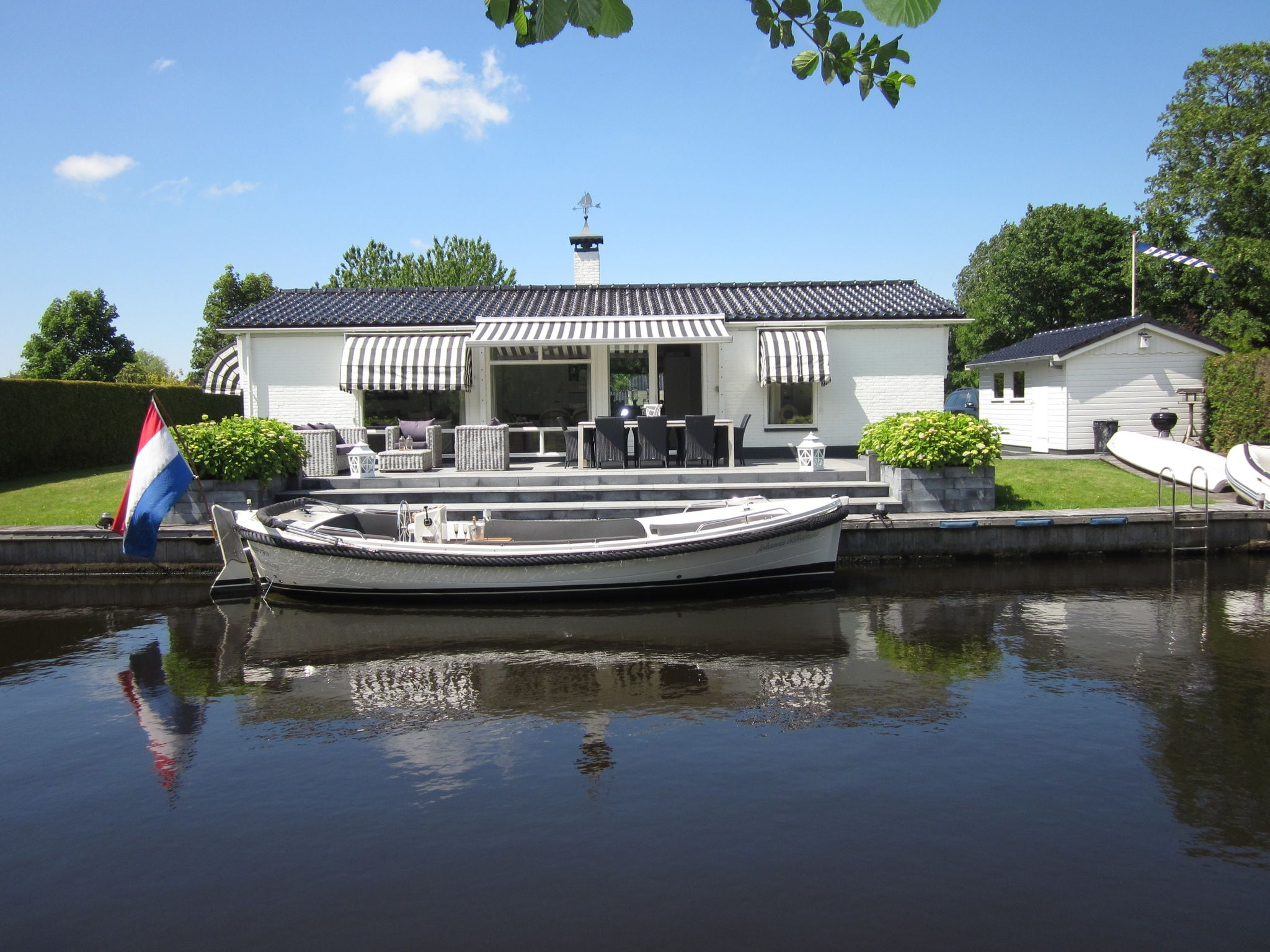 Holland | Friesland | Holiday home River Side | all year | ExteriorSummer