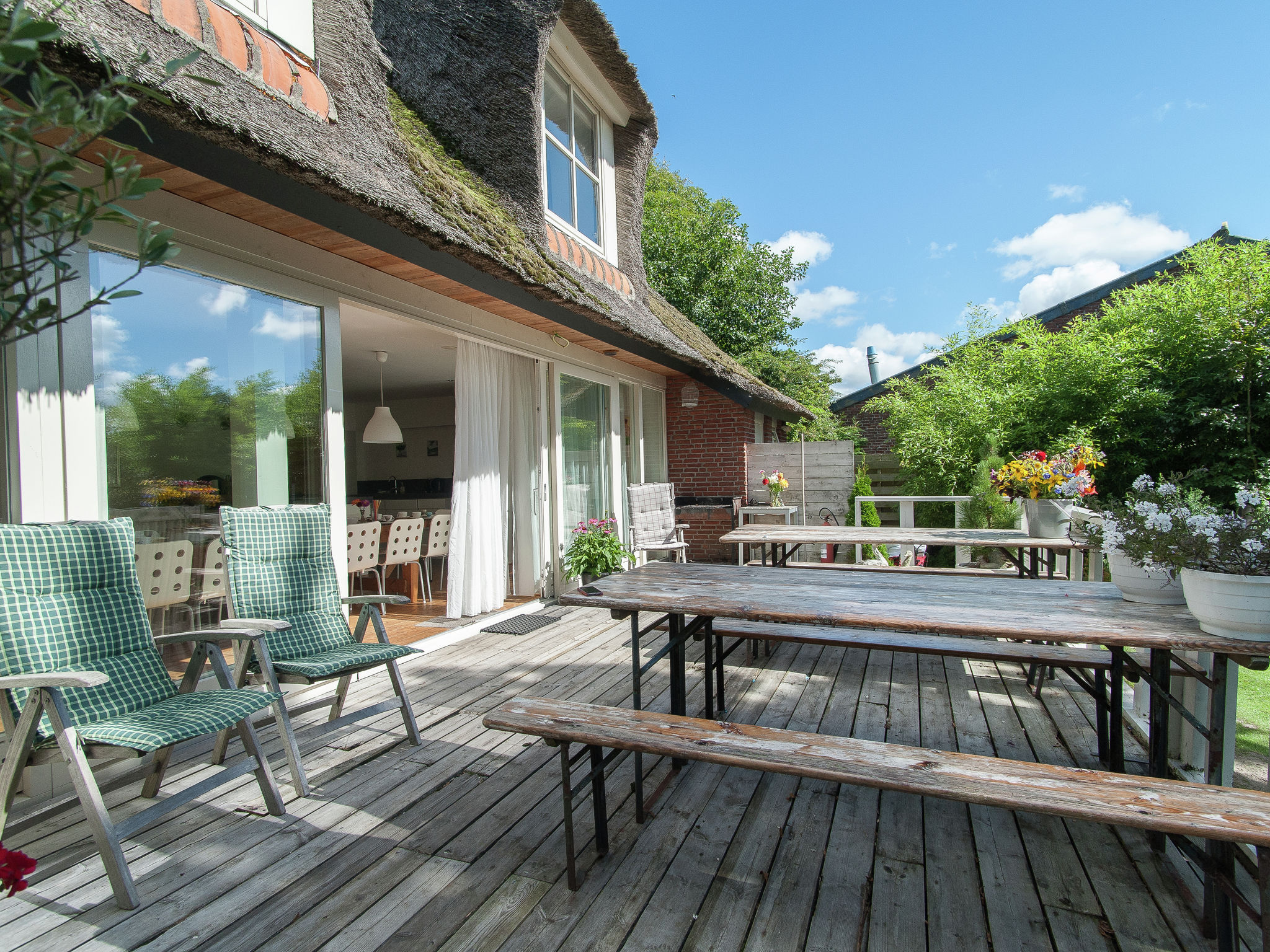Holland | North Sea Coast North | Holiday home Landhuis Duinzicht | all year | TerraceBalcony