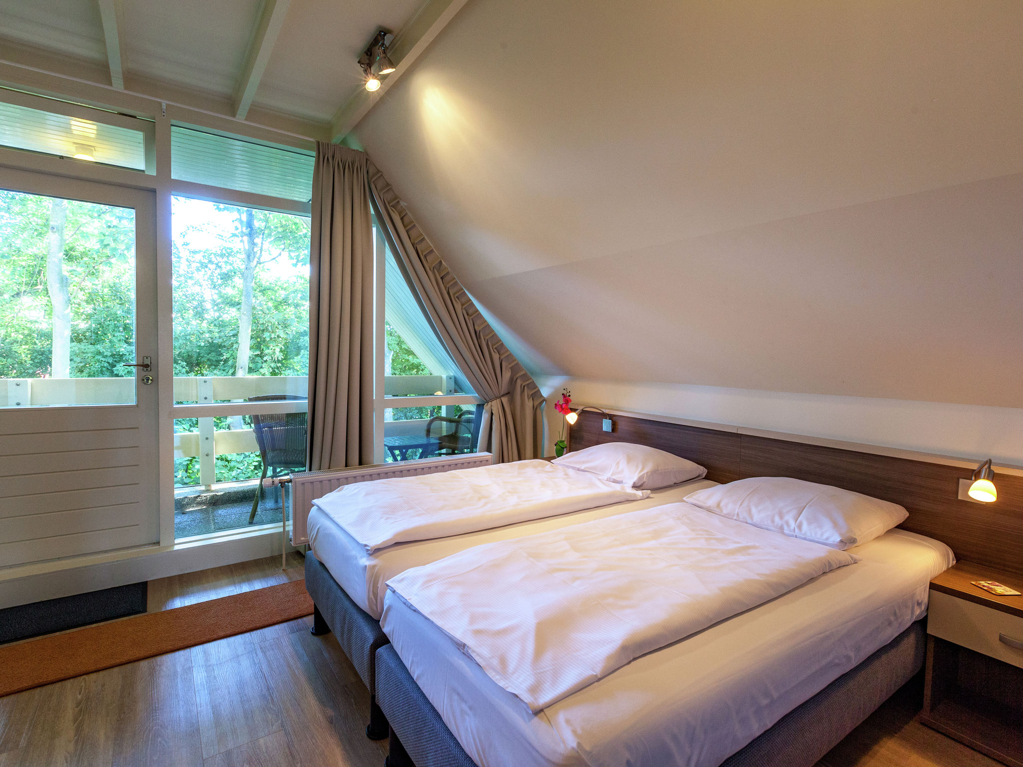 Holland | Zeeland | Holiday home Villa de Zwaan I | all year | BedRoom