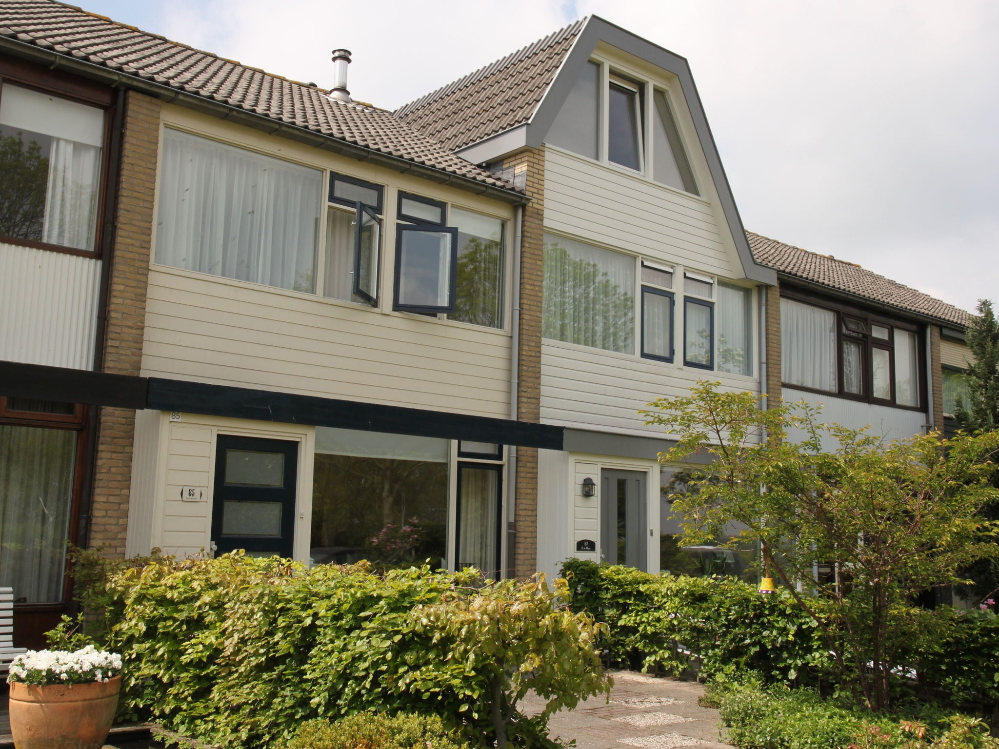 Holland | North Sea Coast North | Holiday home Jazz | all year | ExteriorSummer