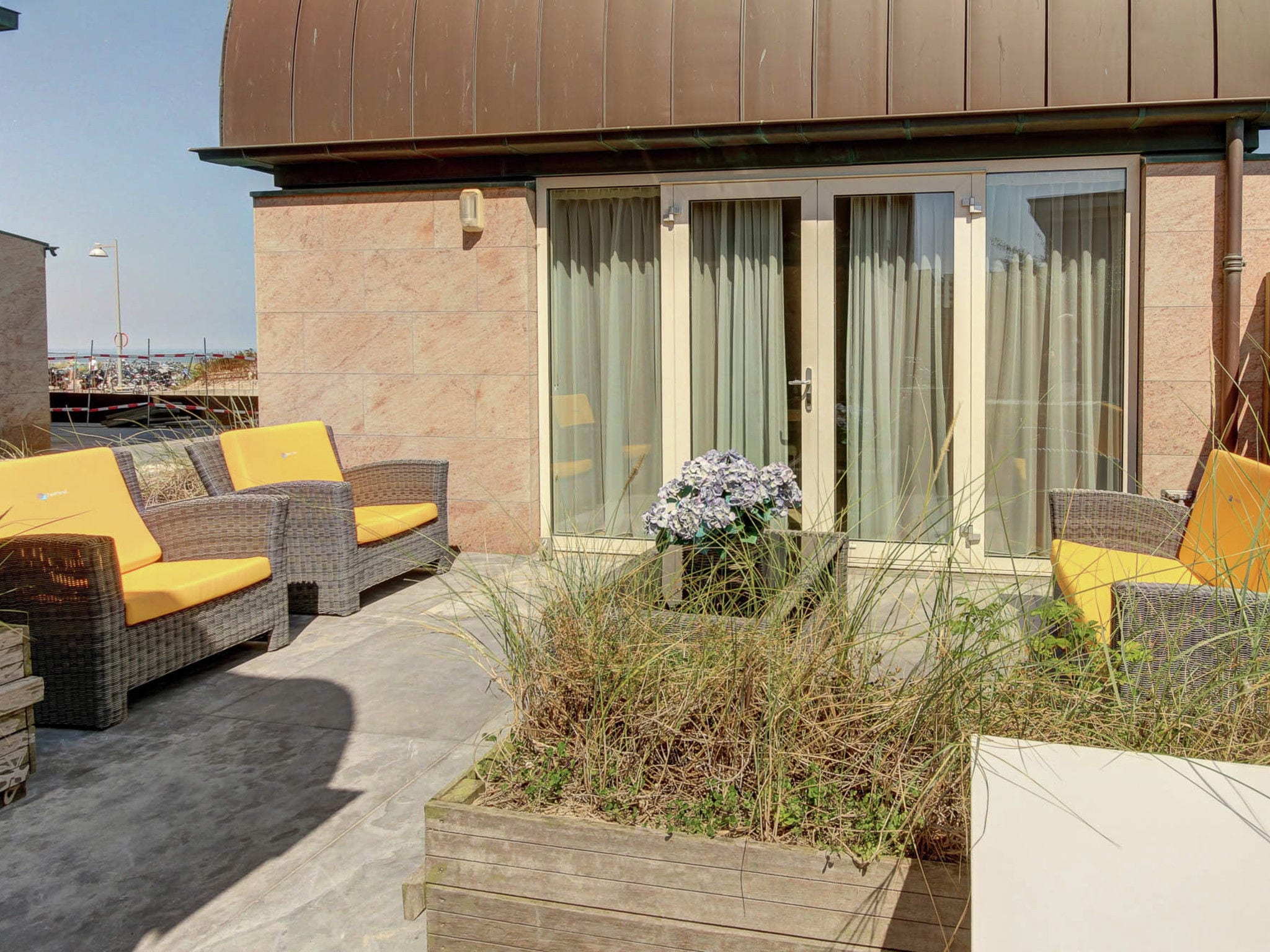 Holland | North Sea Coast North | Holiday home De ZeeParel - Sea Fish | all year | TerraceBalcony