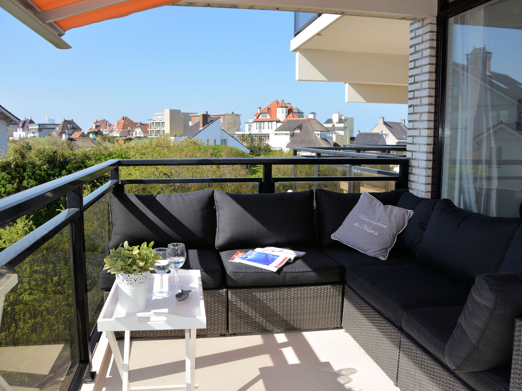 Holland | North Sea Coast South | Holiday home Beach Breeze | all year | ViewSummer