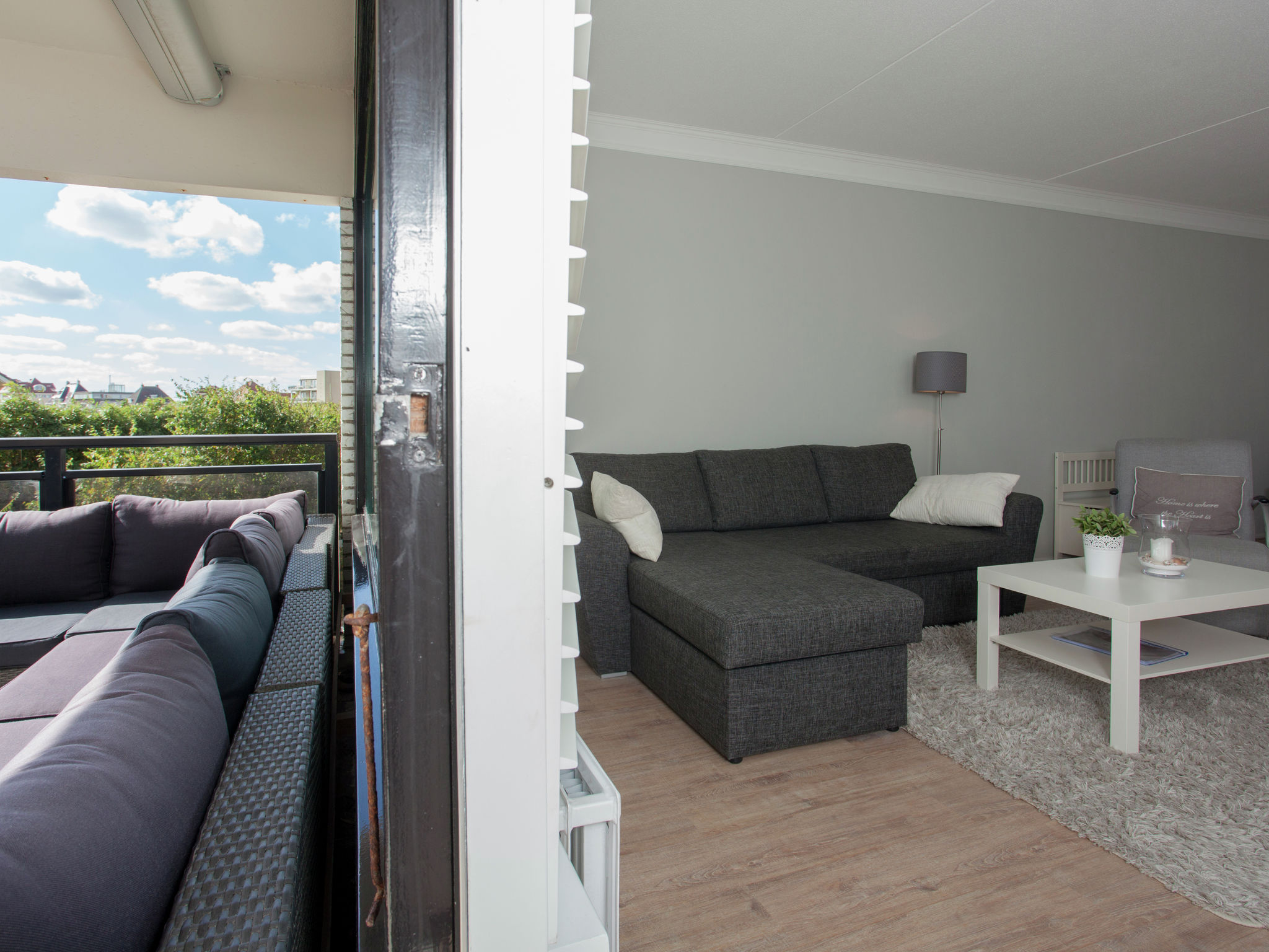 Holland | North Sea Coast South | Holiday home Beach Breeze | all year | TerraceBalcony