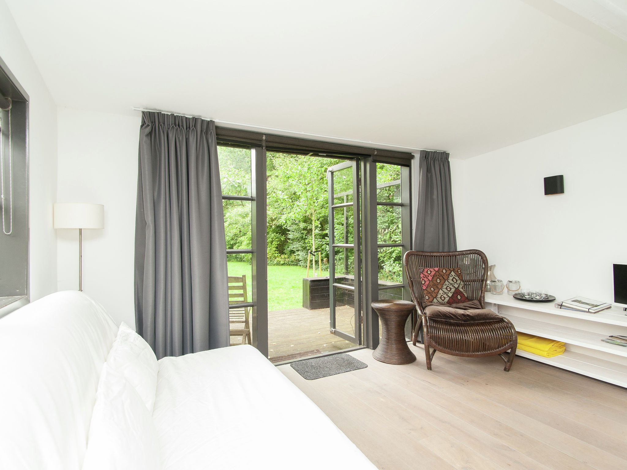 Holland | North Sea Coast North | Holiday home Romantiek in het Bos | all year | LivingRoom