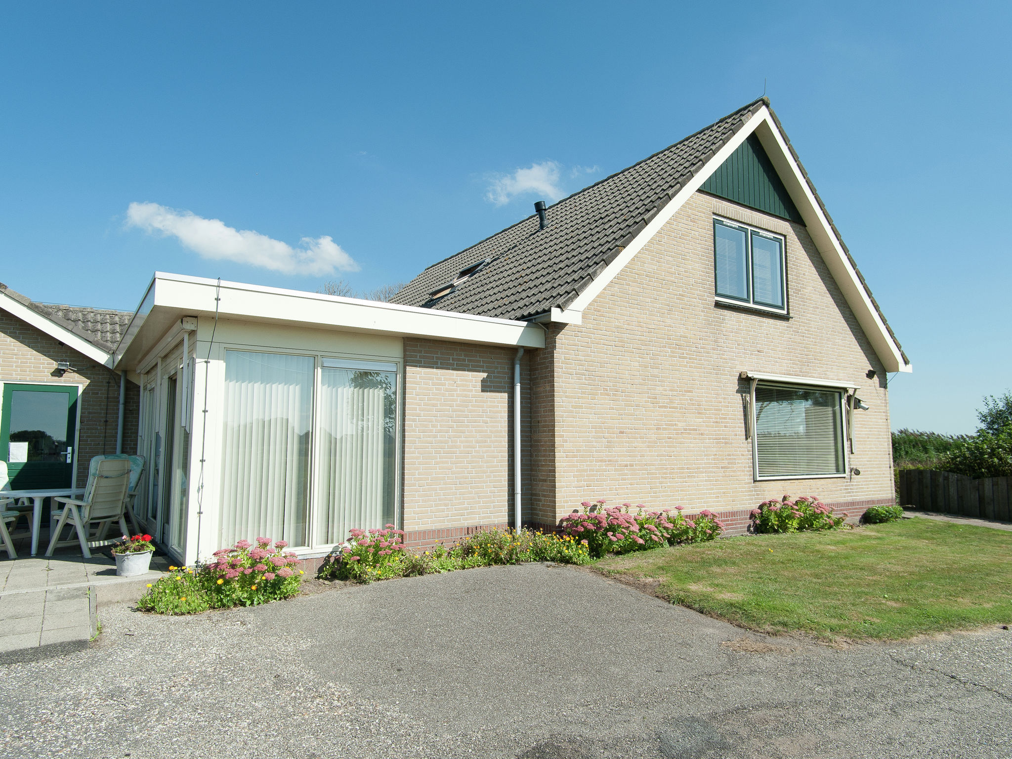 Holland | North Sea Coast North | Holiday home De Vier Jaargetijden | all year | ExteriorSummer