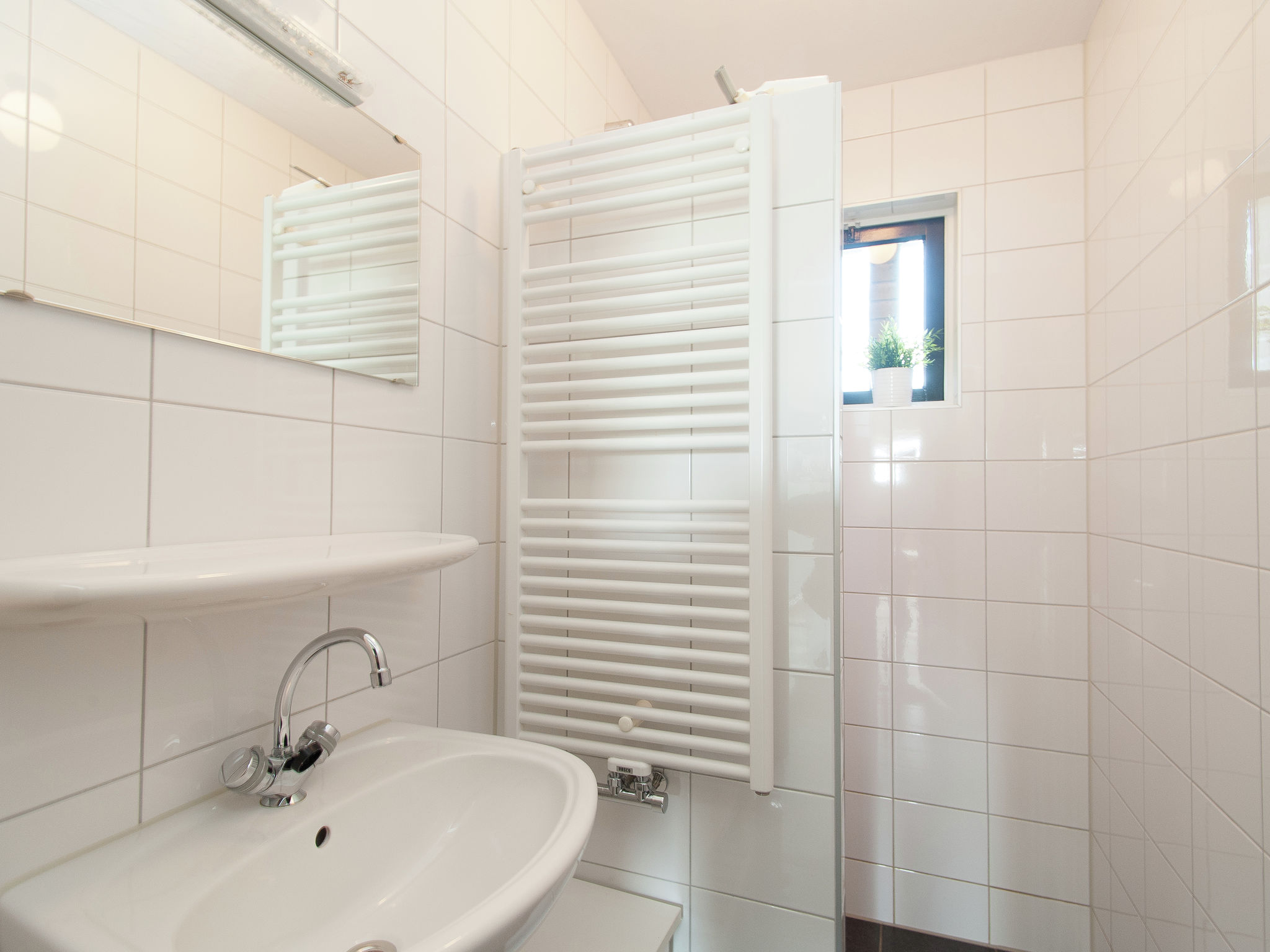 Holland | North Sea Coast North | Holiday home De Vier Jaargetijden | all year | BathRoom