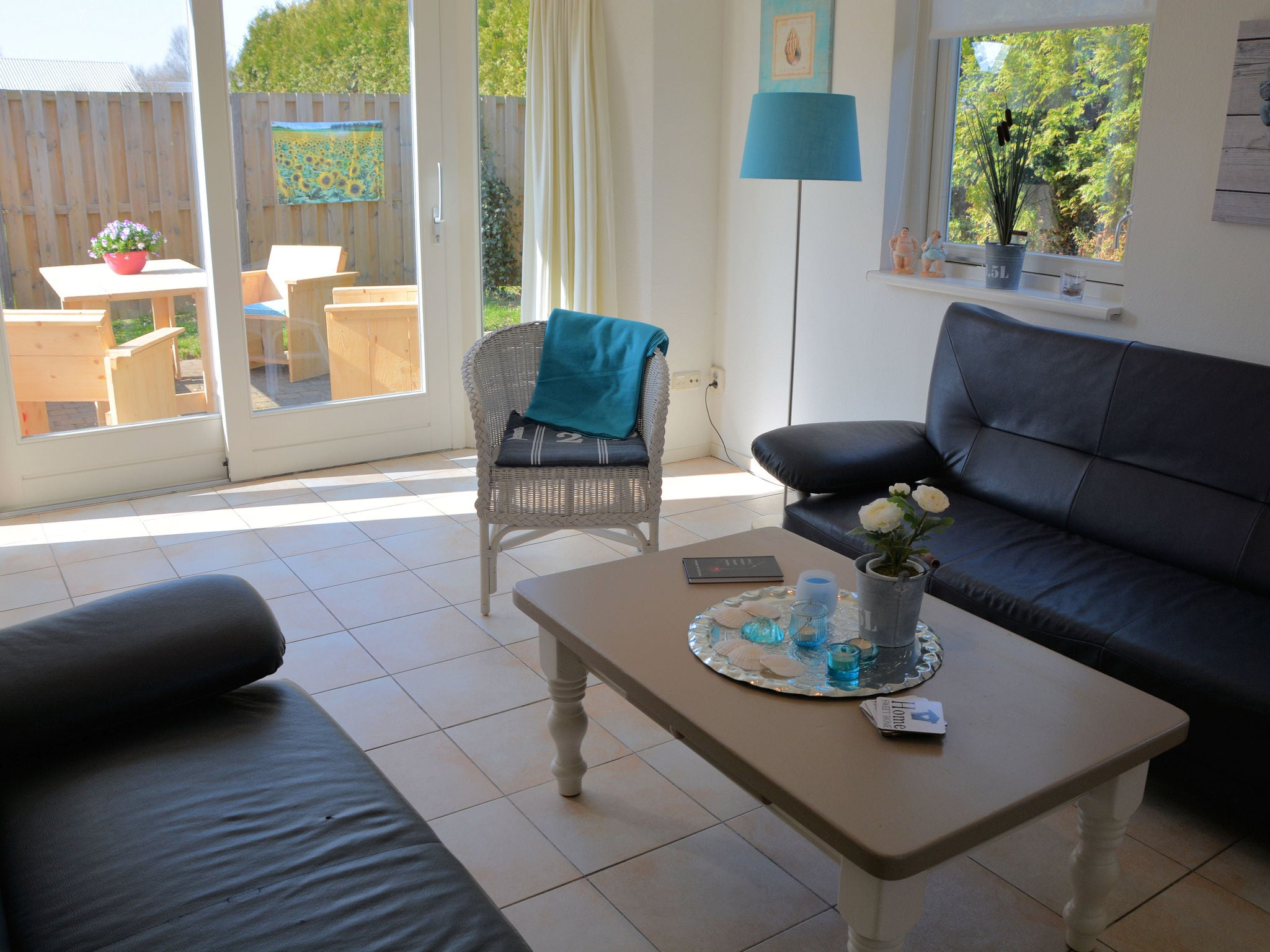 Holland | North Sea Coast South | Holiday home Jacobsschelp | all year | LivingRoom