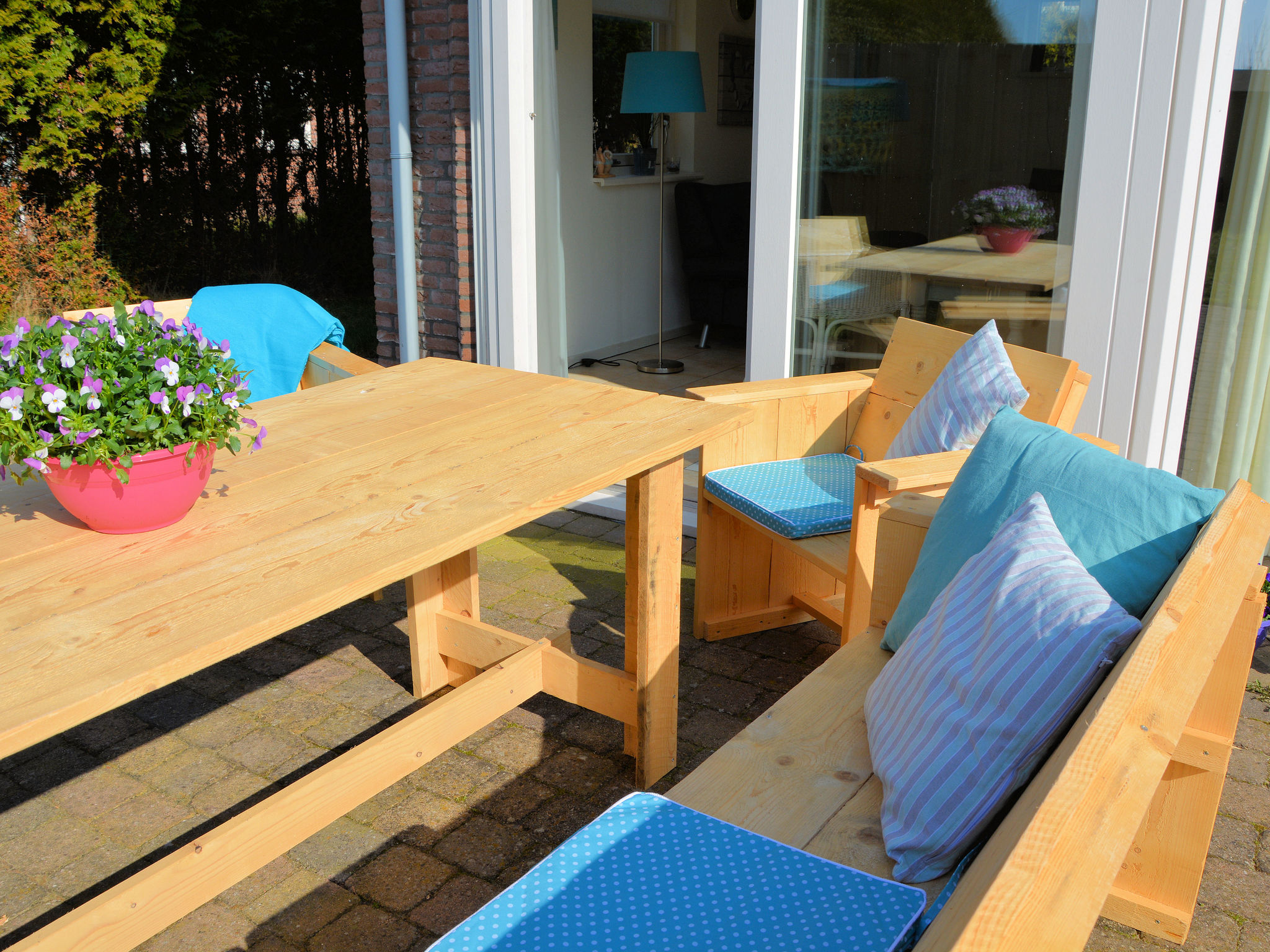 Holland | North Sea Coast South | Holiday home Jacobsschelp | all year | TerraceBalcony