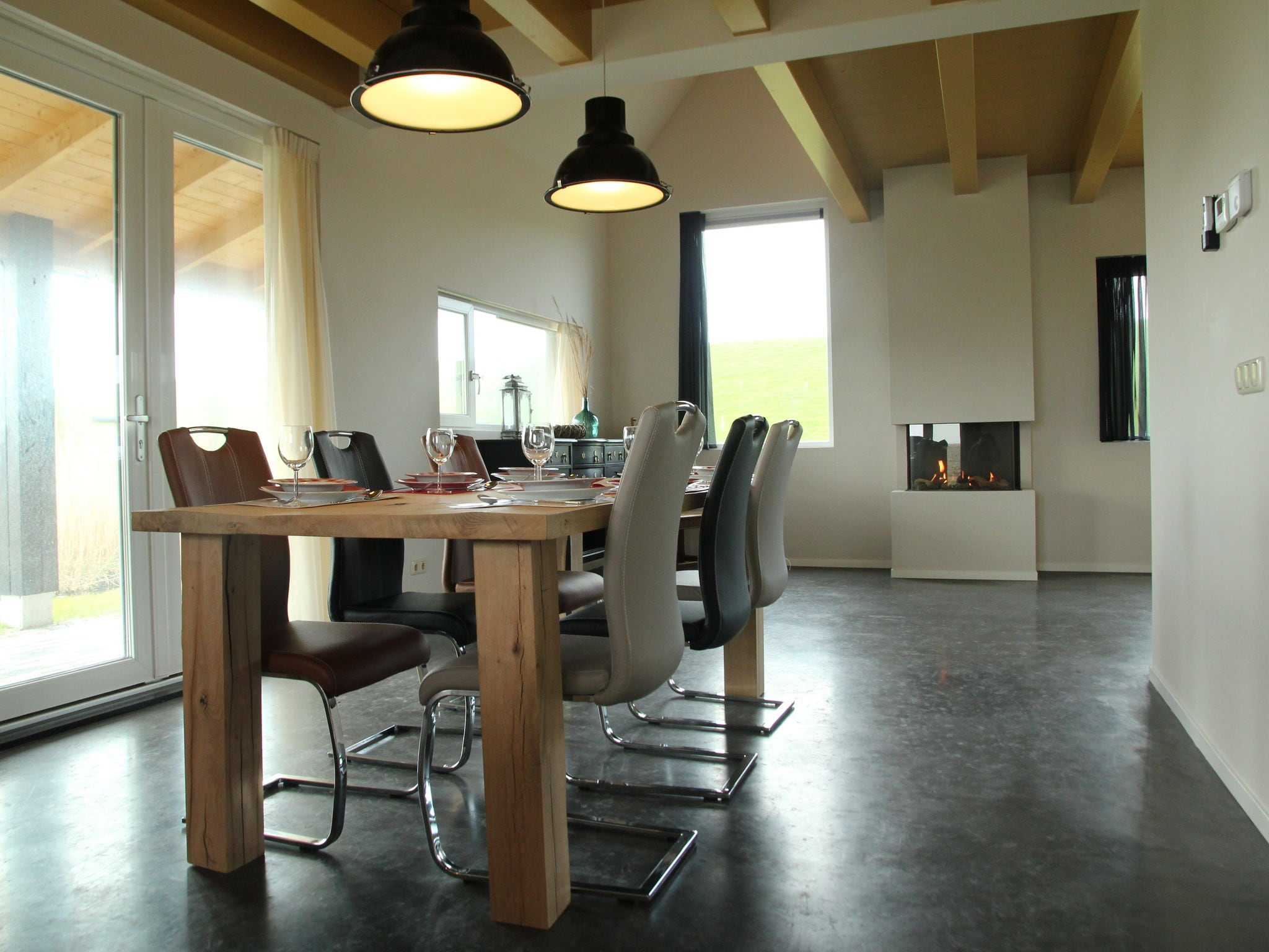 Holland | Friesland | Holiday home Zeedijk I | all year | DiningRoom