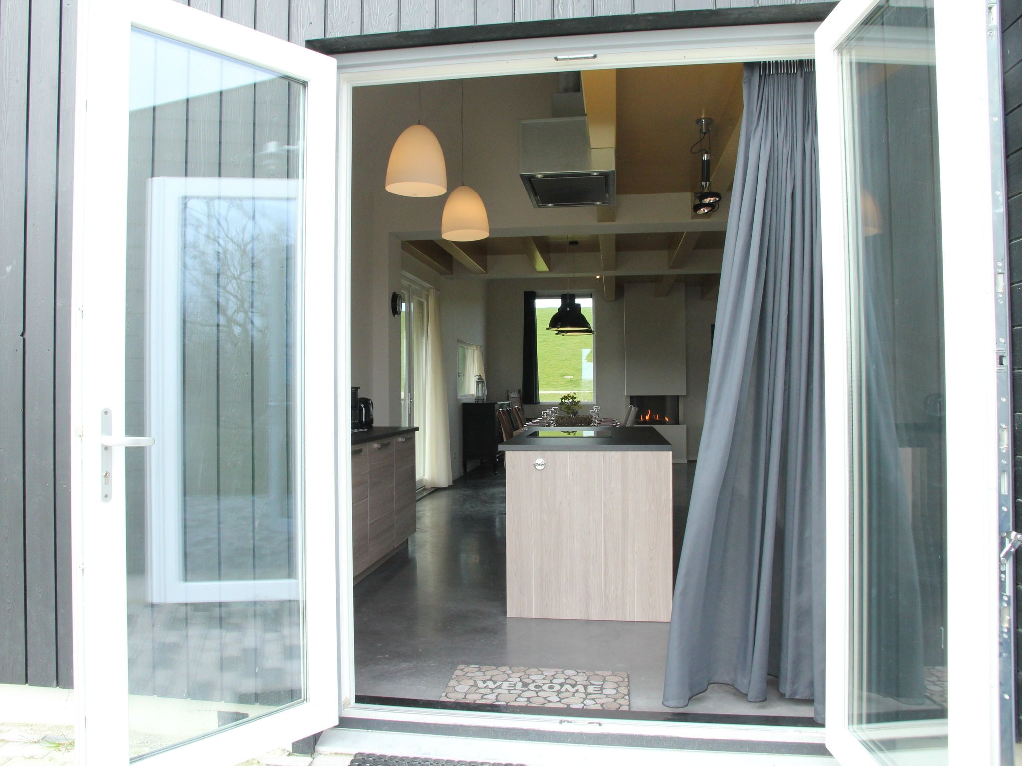 Holland | Friesland | Holiday home Zeedijk I | all year | GardenSummer