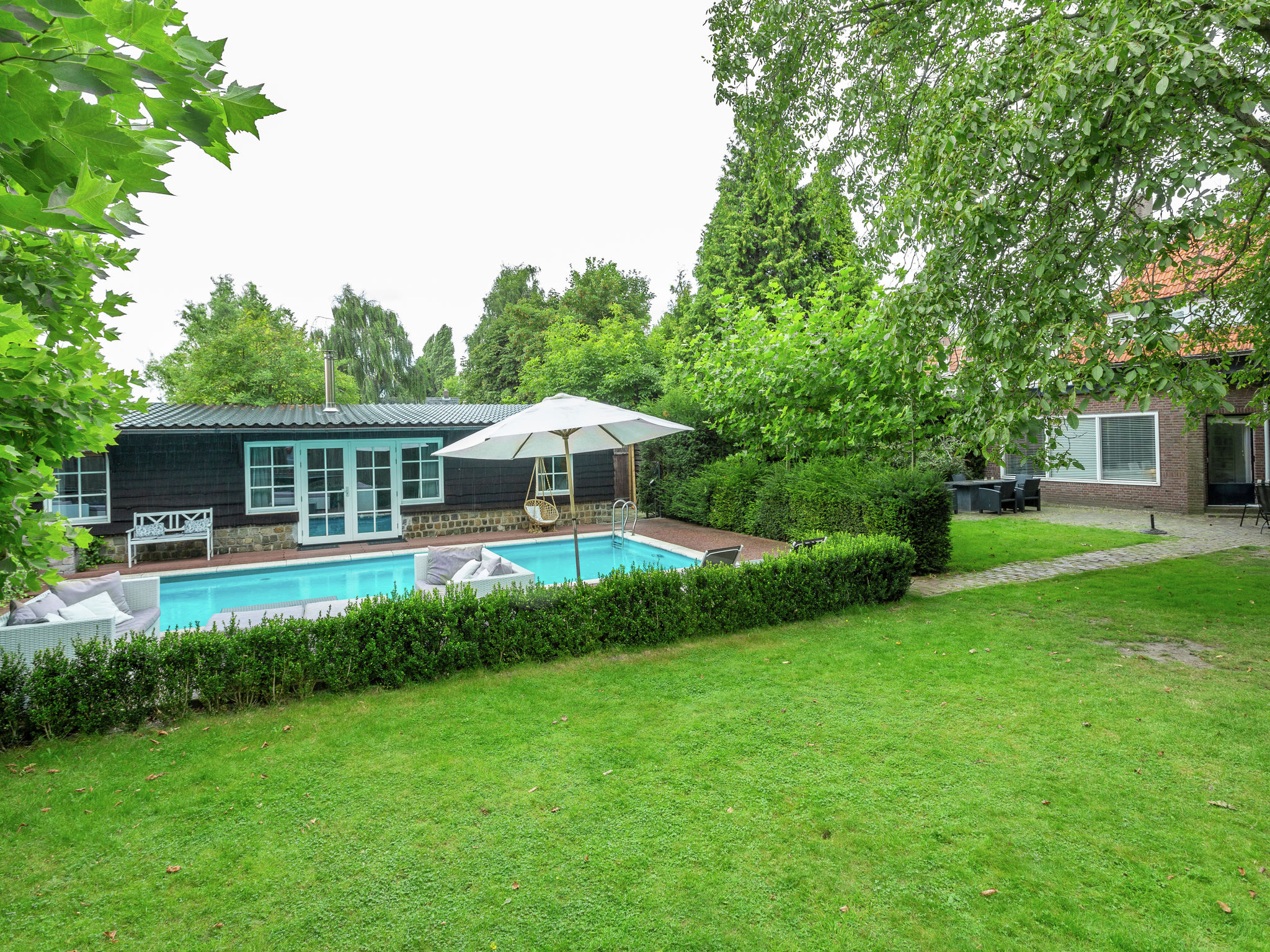 Holland | Noord-Brabant | Holiday home Poolhouse Golf en Brabant 4p | all year | GardenSummer