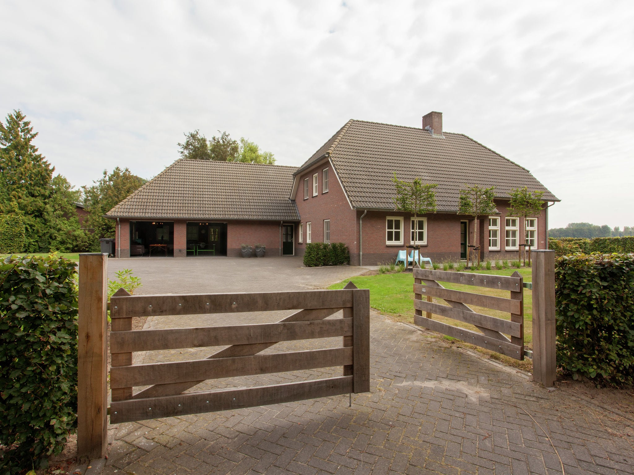 Holland | Noord-Brabant | Holiday home De Riesten | all year | ExteriorSummer