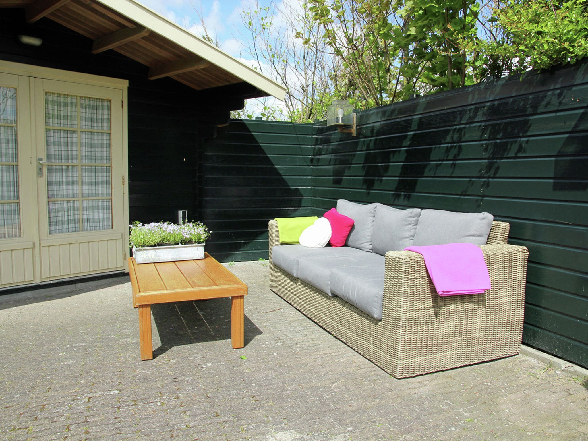 Holland | North Sea Coast North | Holiday home de Goudfazant | all year | TerraceBalcony