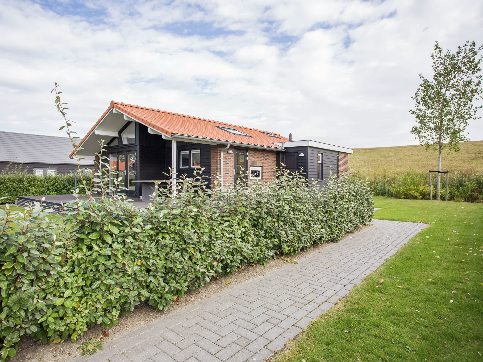 Holland | Zeeland | Holiday home Aan de Oosterschelde | all year | ExteriorSummer