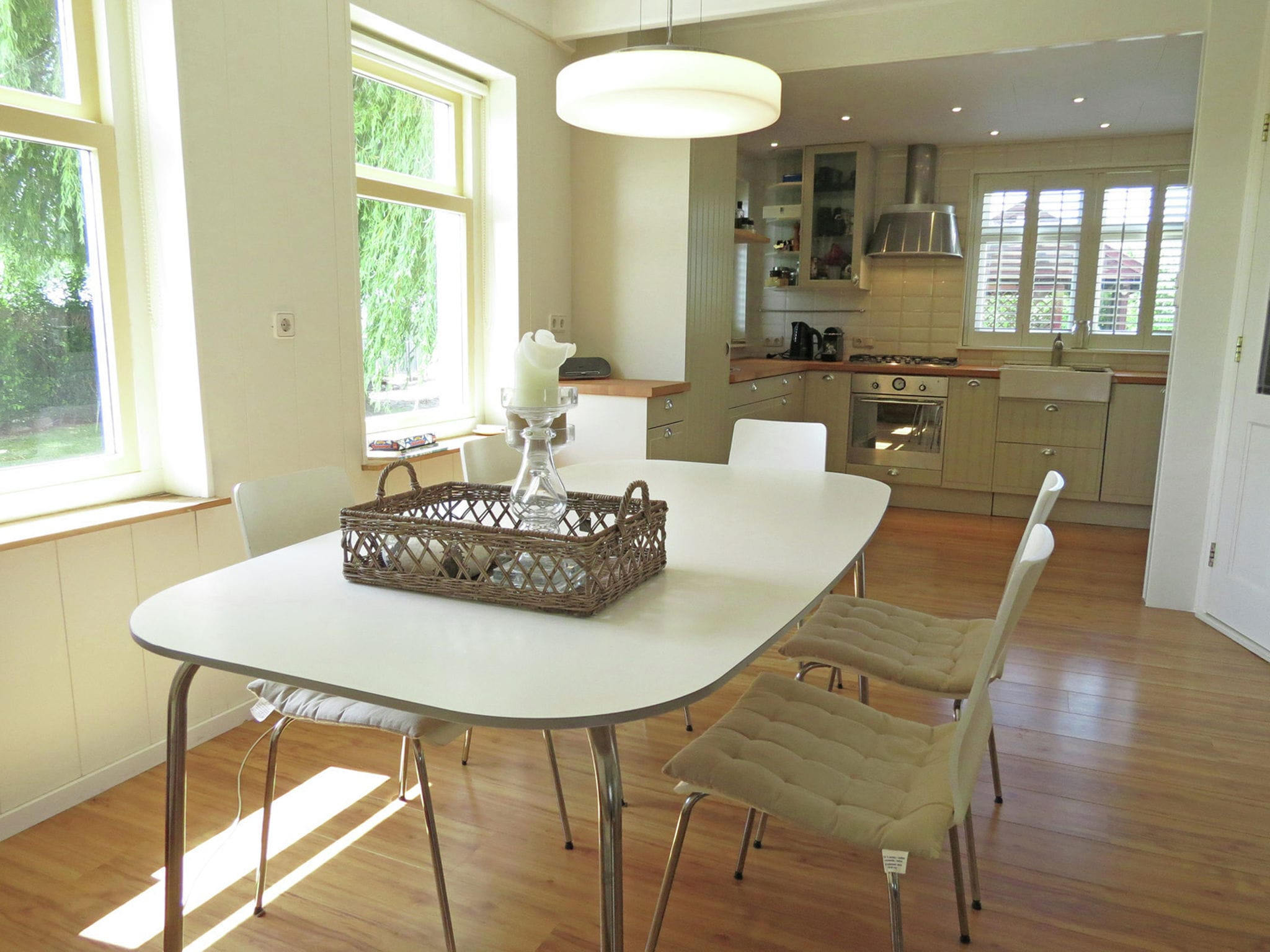 Holland | Zeeland | Holiday home Zeeuws Break Point | all year | DiningRoom