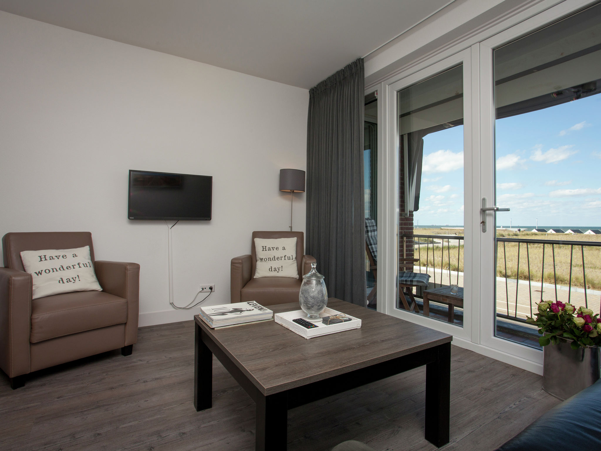 Holland | North Sea Coast South | Holiday home Zeezo | all year | LivingRoom