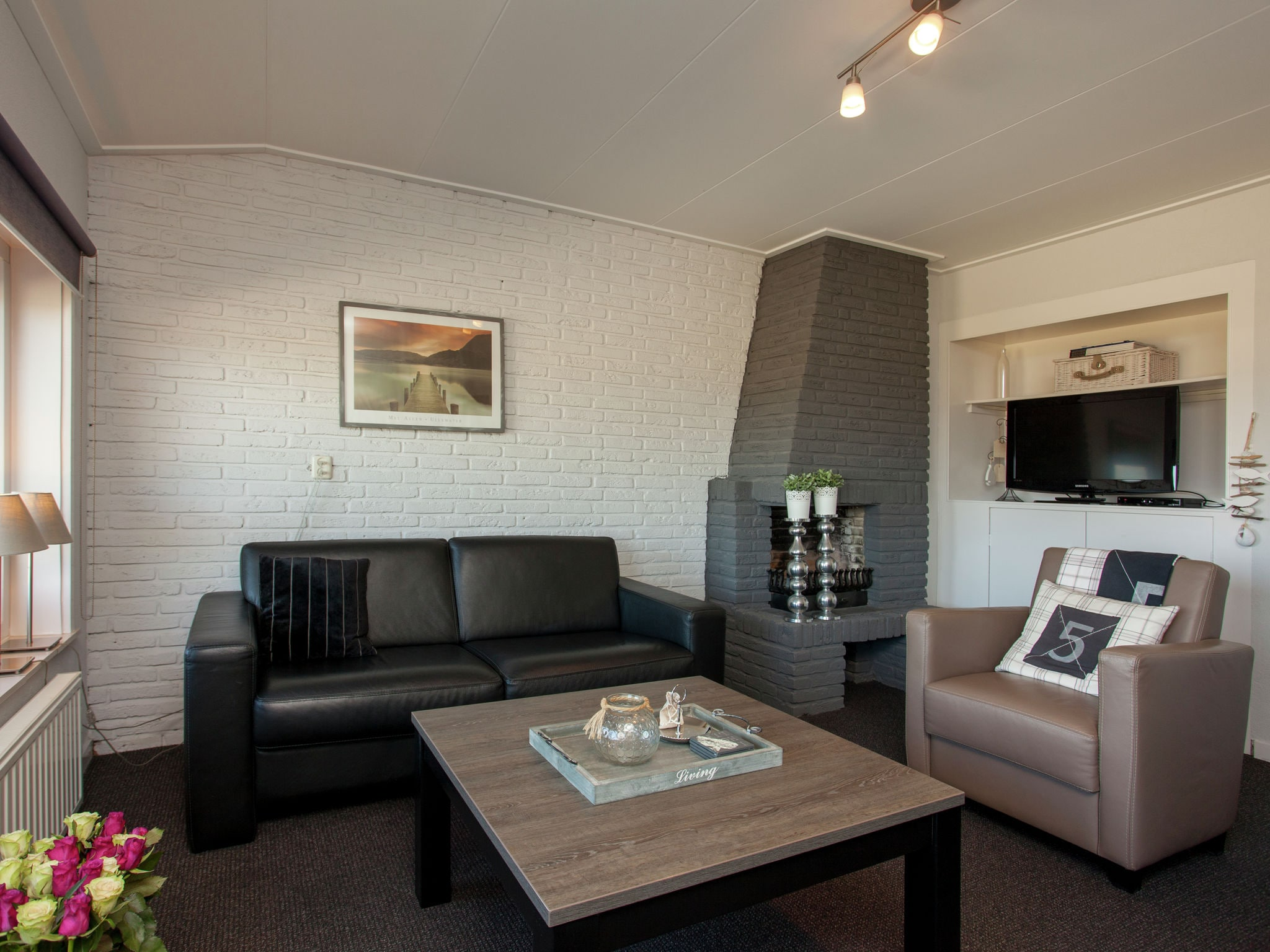 Holland | North Sea Coast South | Holiday home Ziezee | all year | LivingRoom