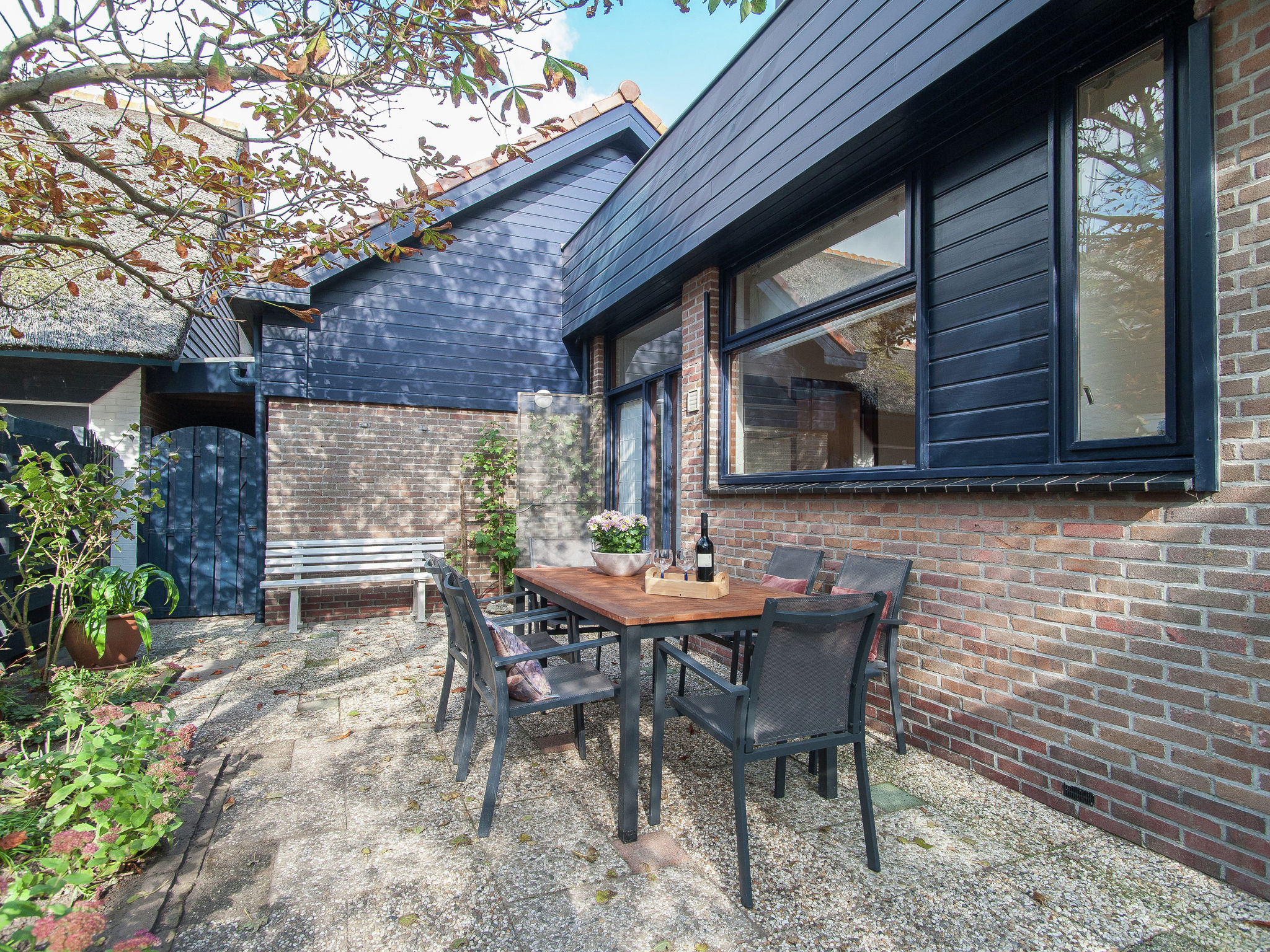 Holland | North Sea Coast North | Holiday home Zeeduin | all year | GardenSummer