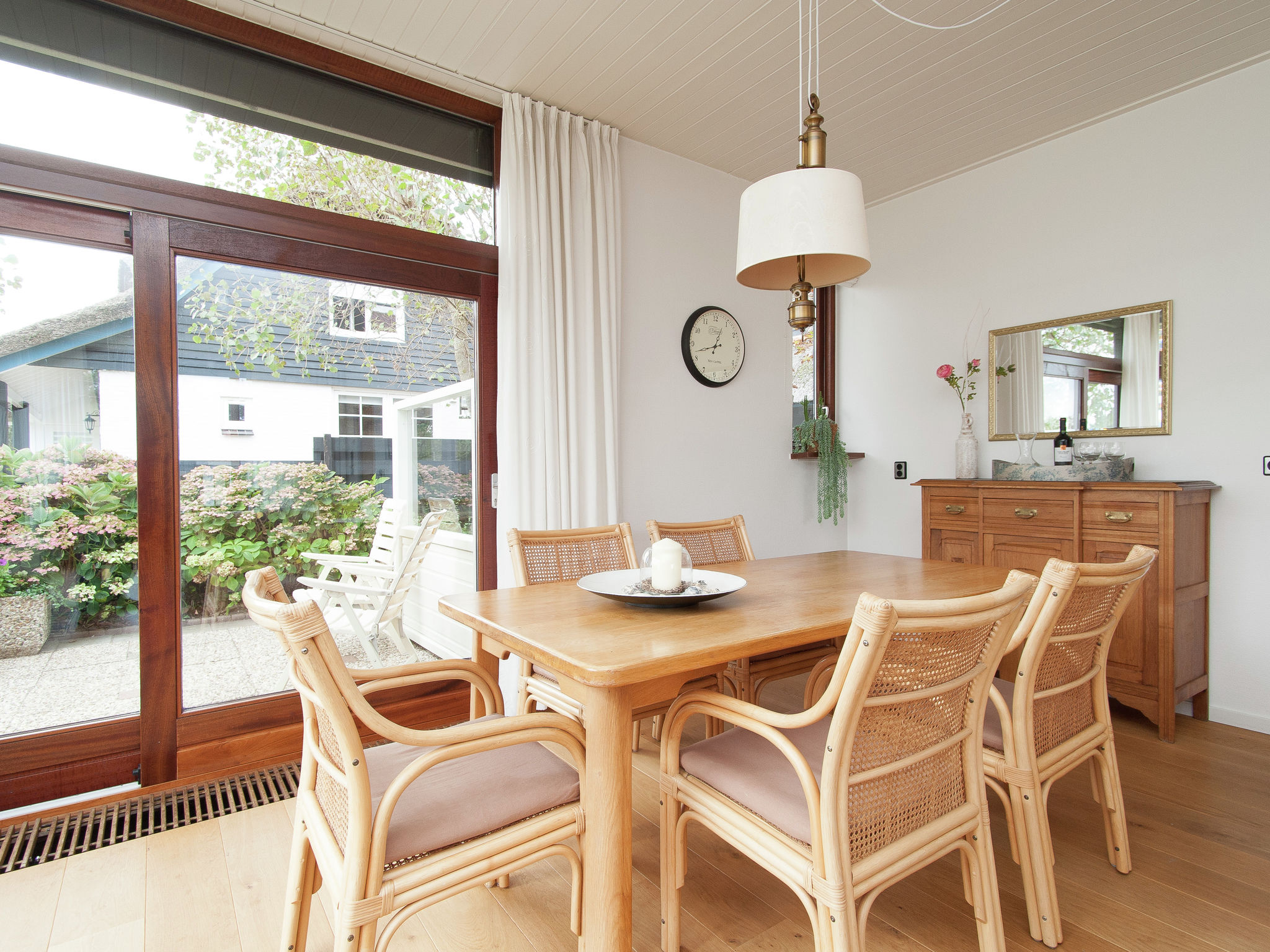 Holland | North Sea Coast North | Holiday home Zeeduin | all year | DiningRoom