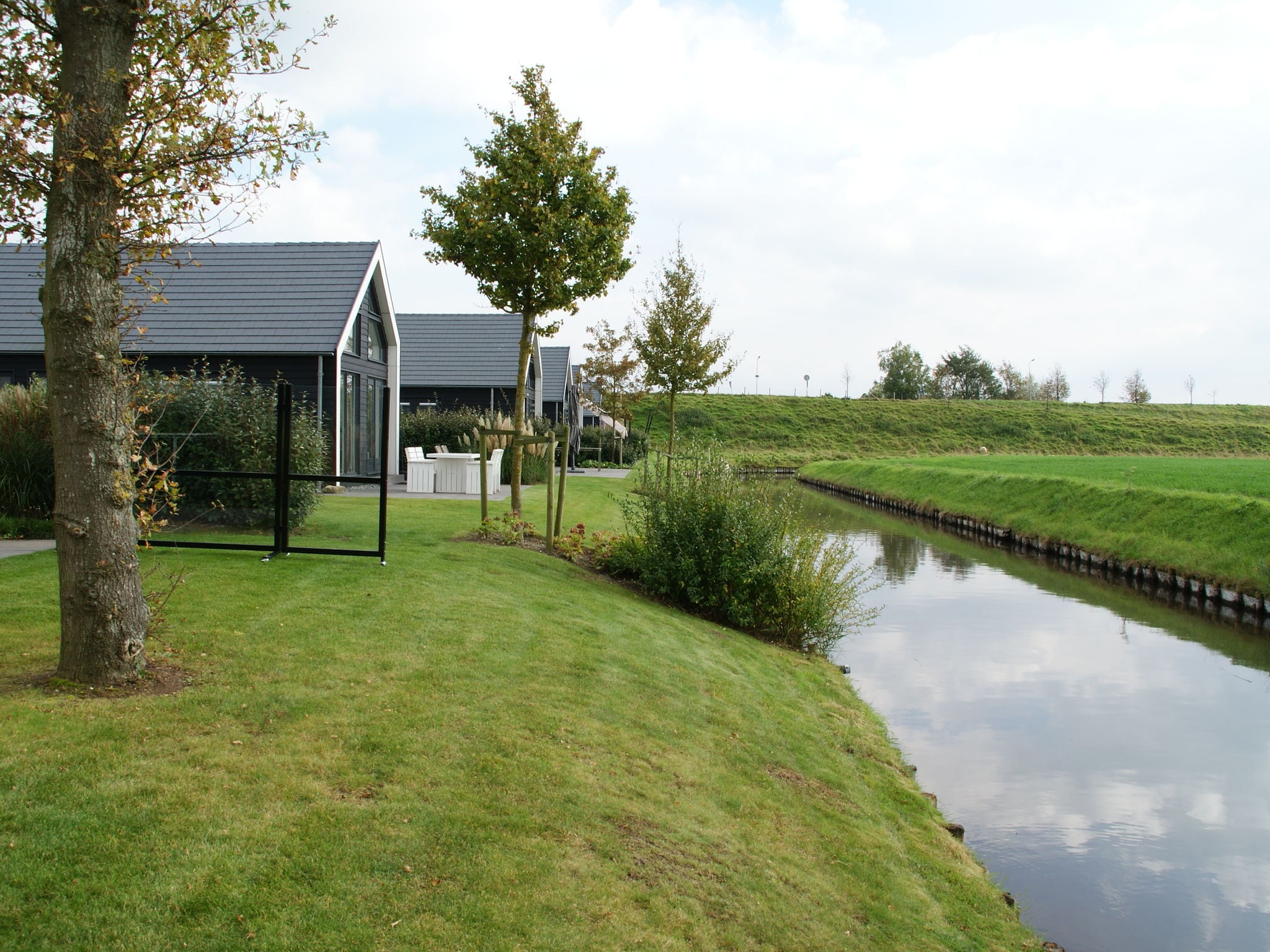 Holland | Zeeland | Holiday home Oosterschelde with a view | all year | AreaSummer1KM
