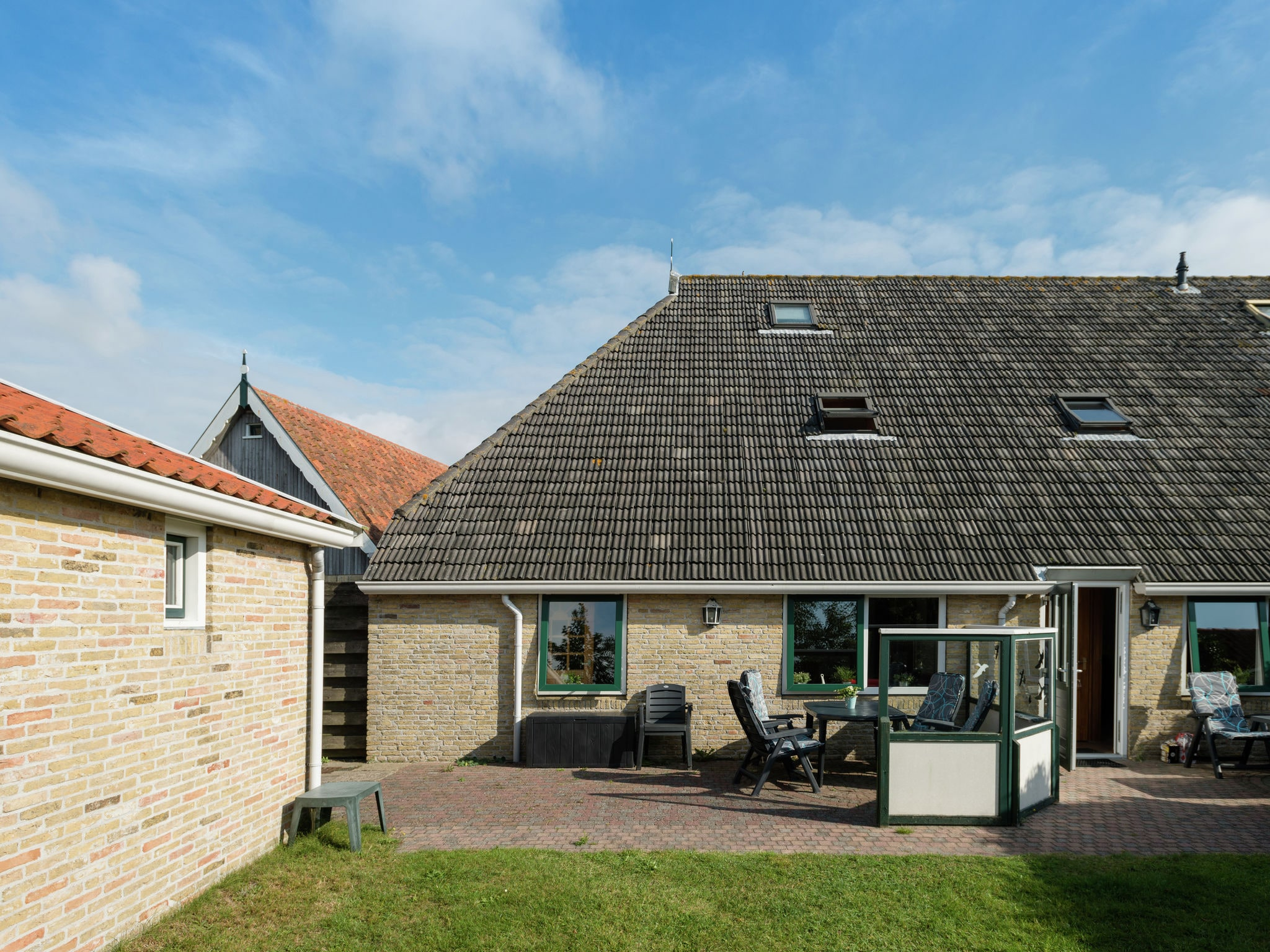 Holland | Wad Islands | Holiday home Warm Welkom | all year | ExteriorSummer