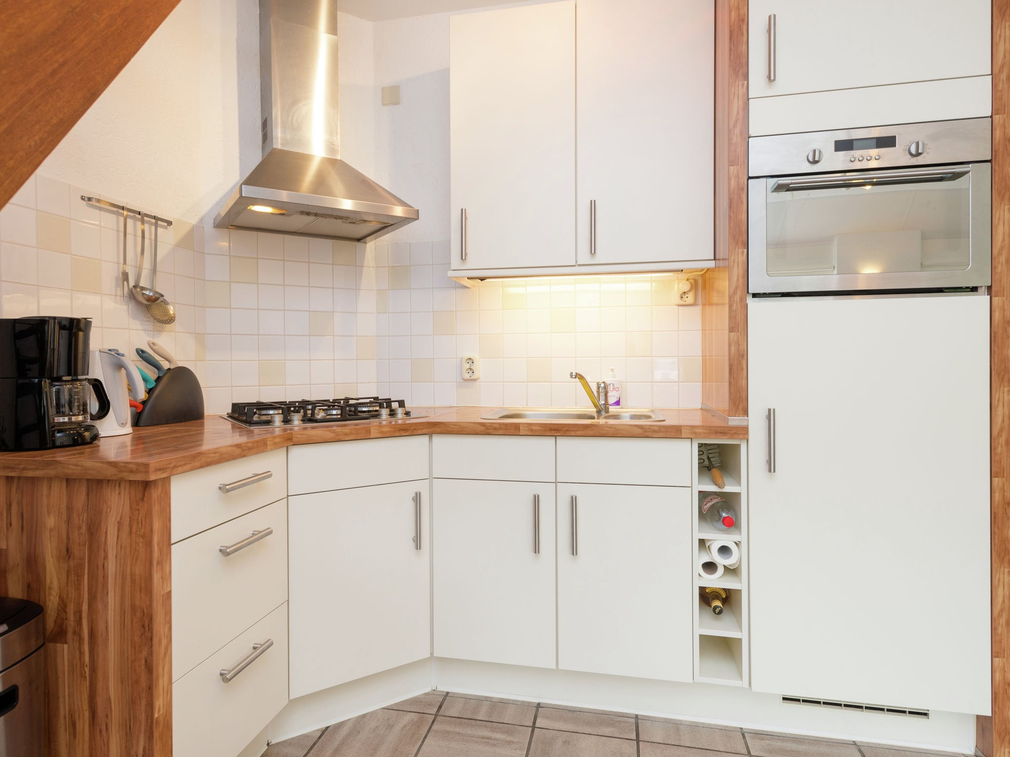 Holland | Wad Islands | Holiday home Duinboerderij | all year | Kitchen