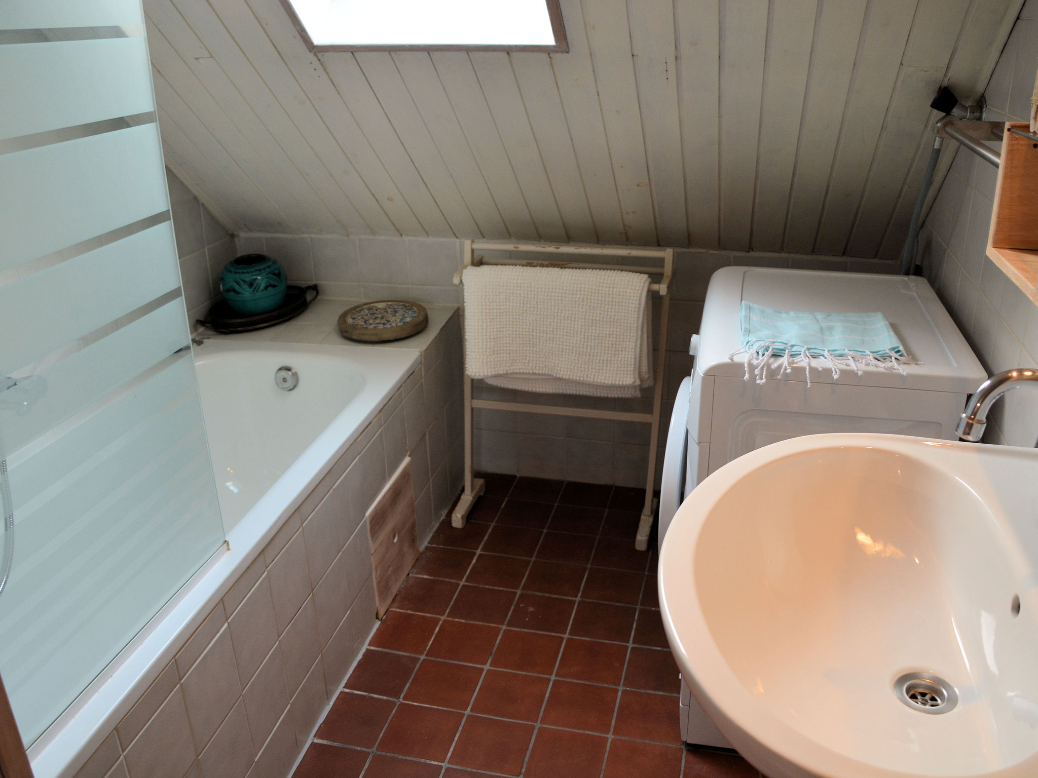 Holland | North Sea Coast South | Holiday home Vissershuisje | all year | BathRoom