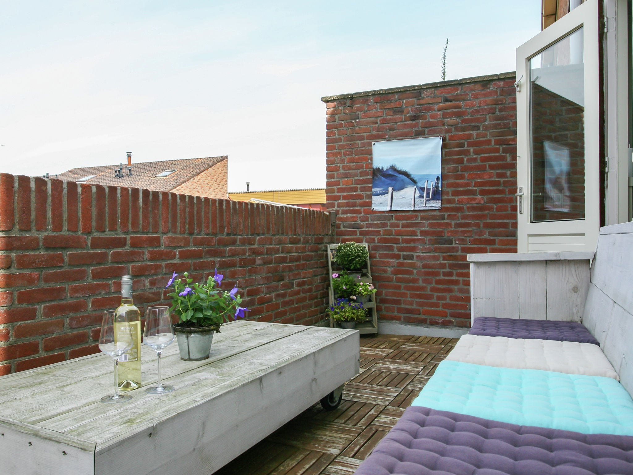 Holland | North Sea Coast South | Holiday home Strandhuis WS2 | all year | TerraceBalcony