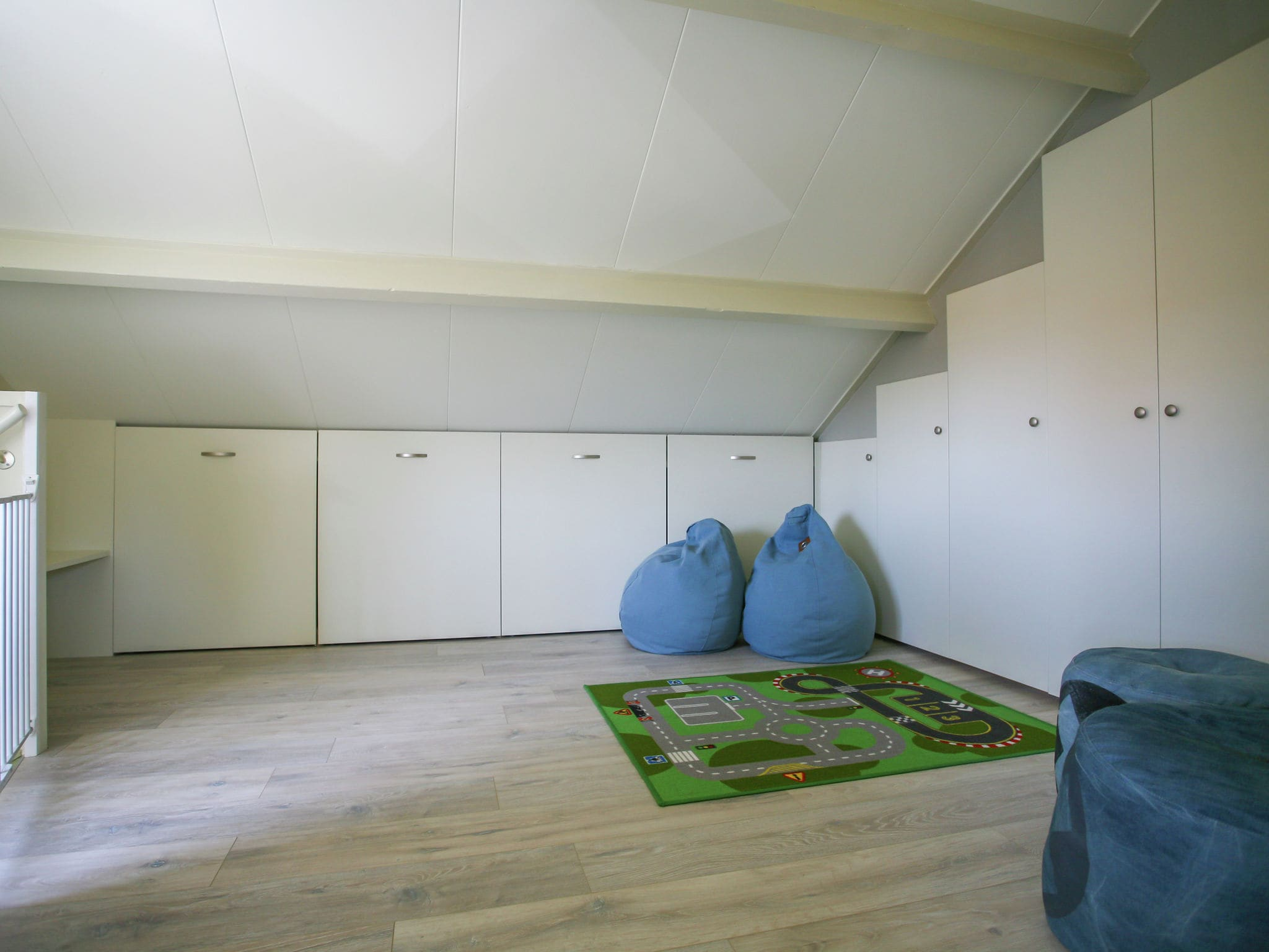 Holland | North Sea Coast South | Holiday home Strandhuis WS2 | all year | Landing
